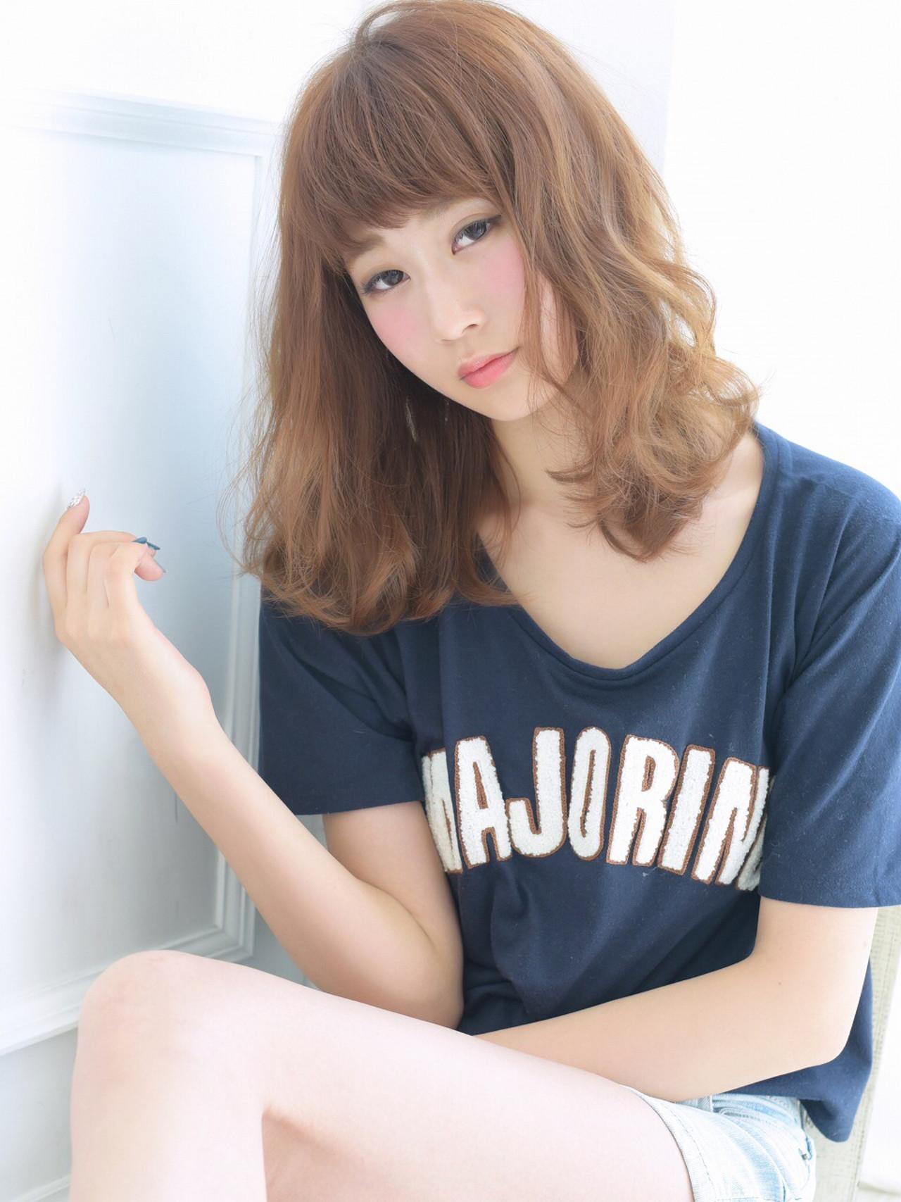ロブ 外国人風 ミディアム ナチュラル ヘアスタイルや髪型の写真・画像 | 清井 慎二 / DISHEL ディシェル