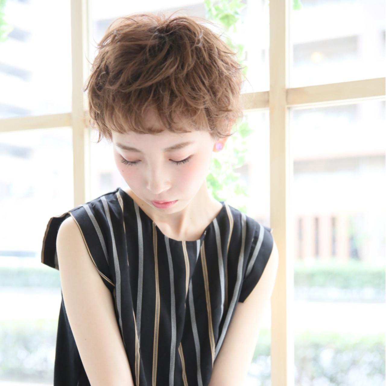 ベリーショート パーマ ショート 簡単 ヘアスタイルや髪型の写真・画像