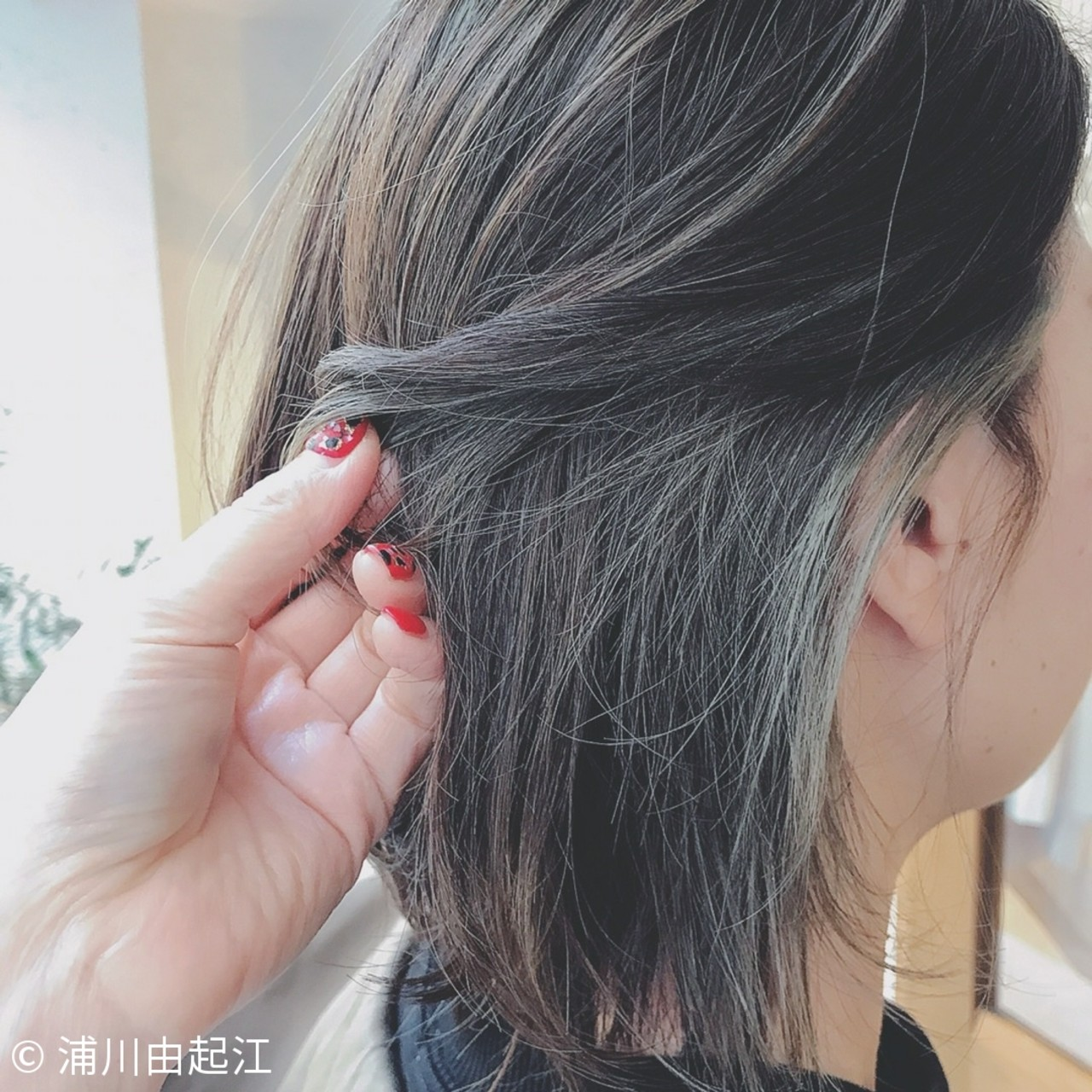 大人かわいい ナチュラル インナーカラー デート ヘアスタイルや髪型の写真・画像 | 浦川由起江 / nanon