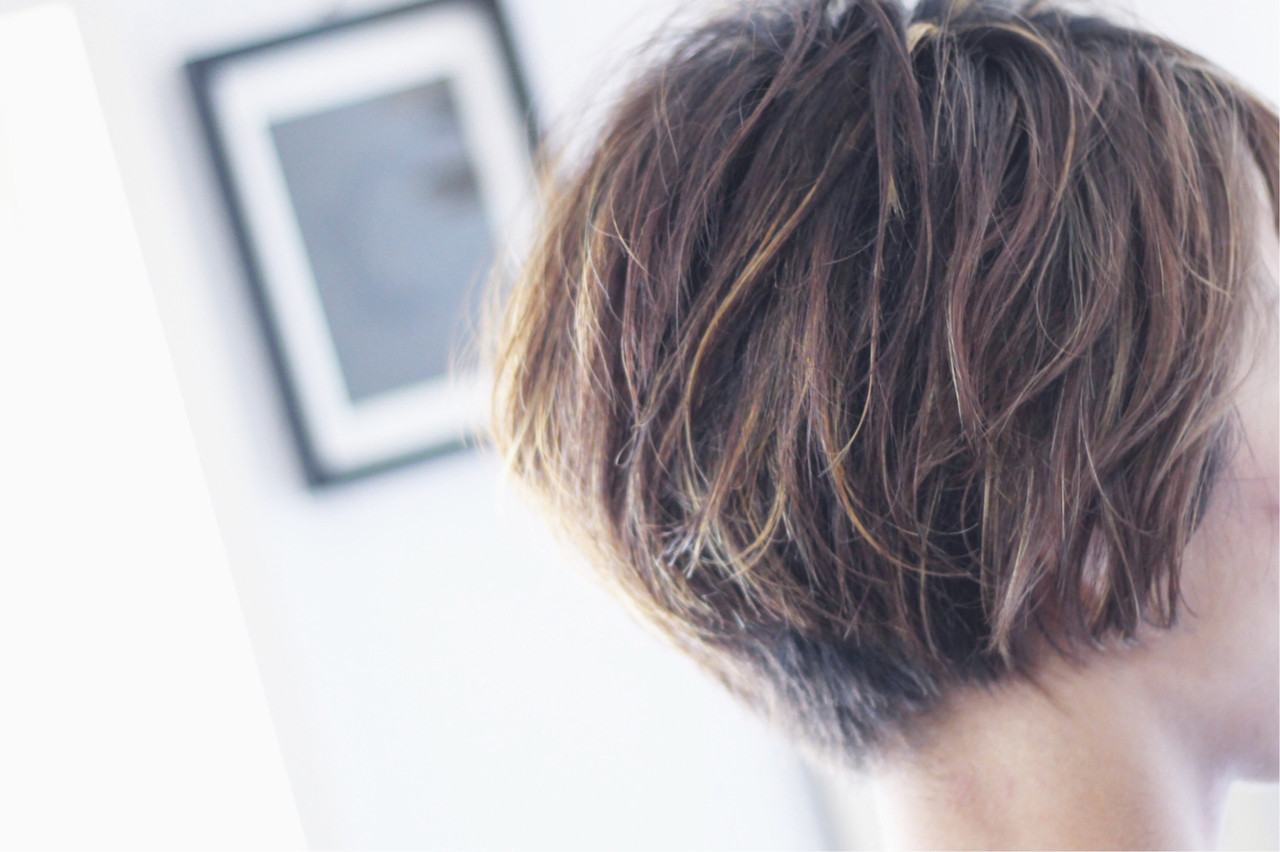ベリーショート ボブ 大人ハイライト ハイライト ヘアスタイルや髪型の写真・画像