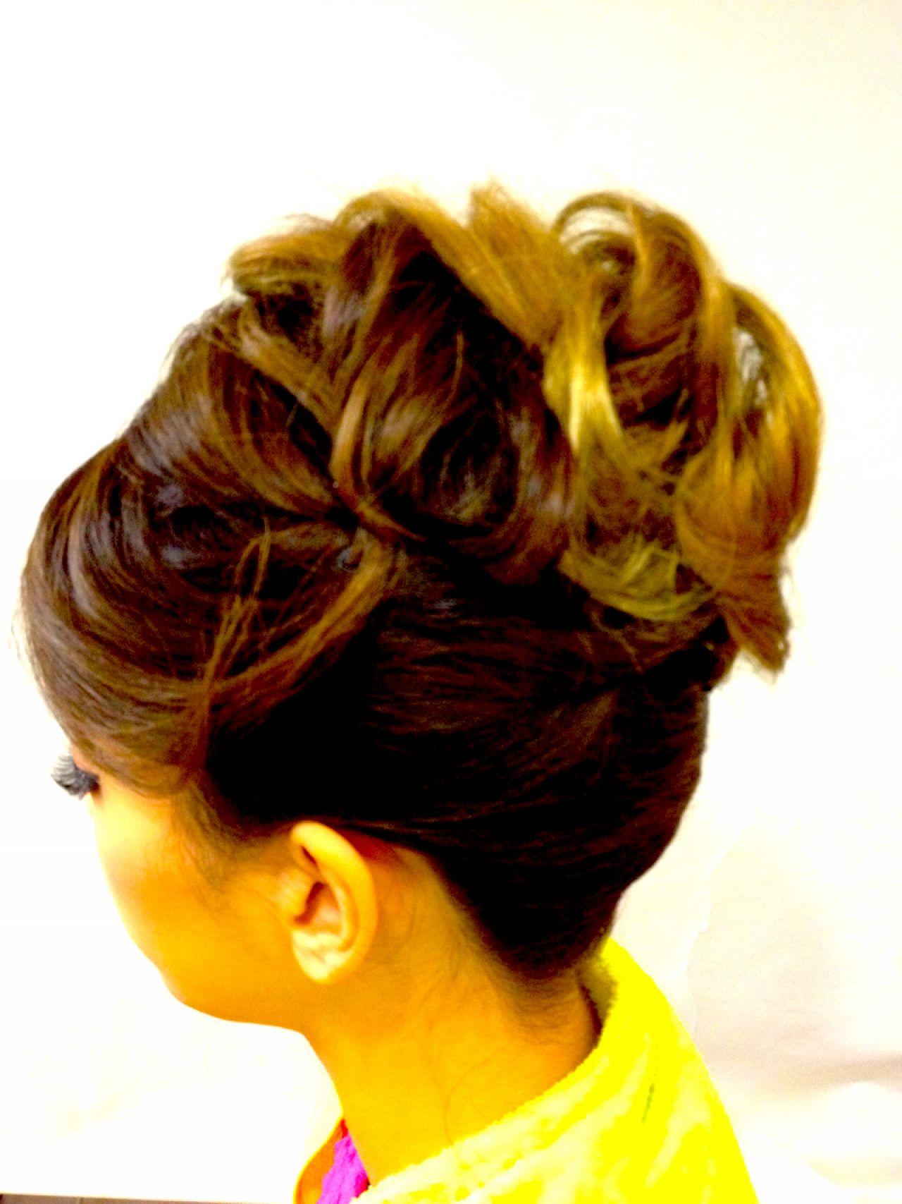 ナチュラル 大人かわいい ヘアアレンジ 夜会巻 ヘアスタイルや髪型の写真・画像
