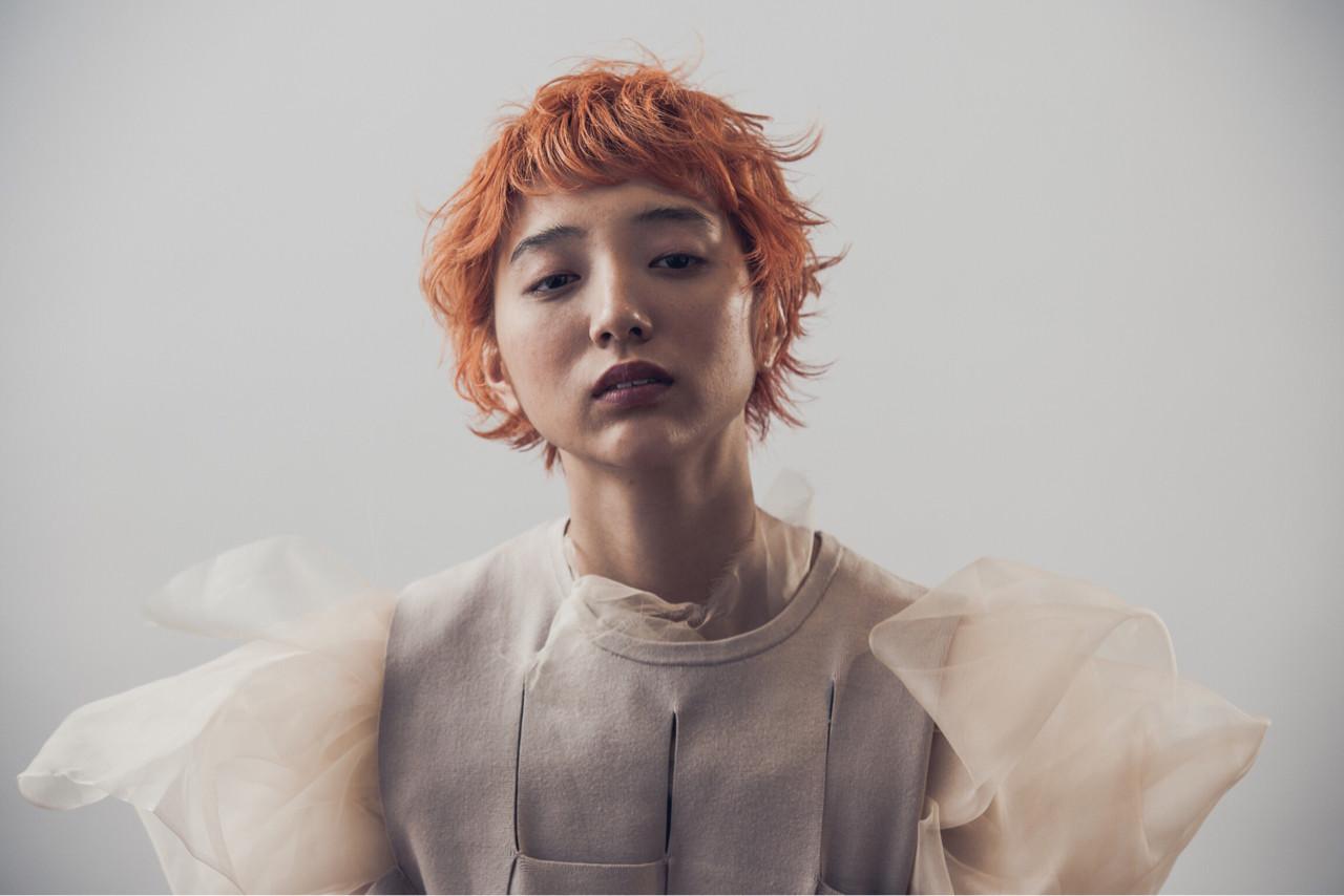 ブリーチ ショート オレンジ ナチュラル ヘアスタイルや髪型の写真・画像