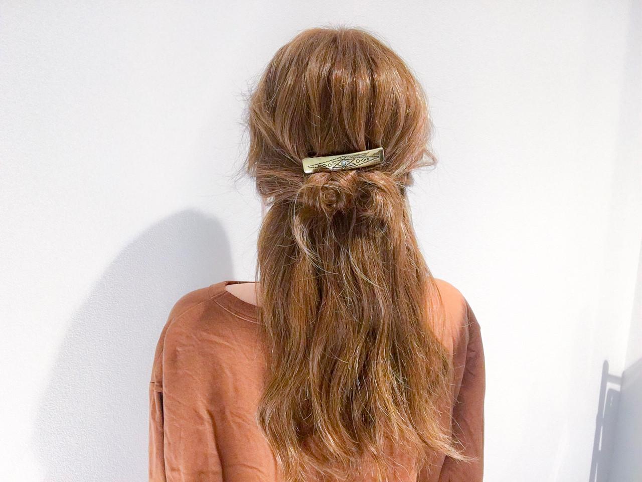 セミロング 簡単ヘアアレンジ アウトドア デート ヘアスタイルや髪型の写真・画像   美容師HIRO/Amoute代表 / Amoute/アムティ