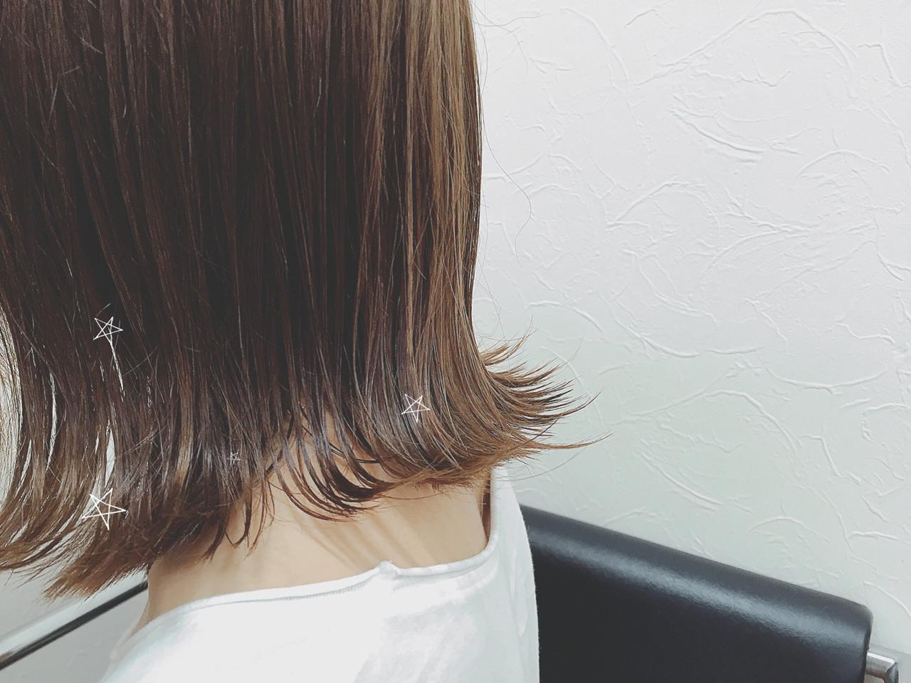 アッシュ 透明感 ボブ 外ハネ ヘアスタイルや髪型の写真・画像   mai / linola