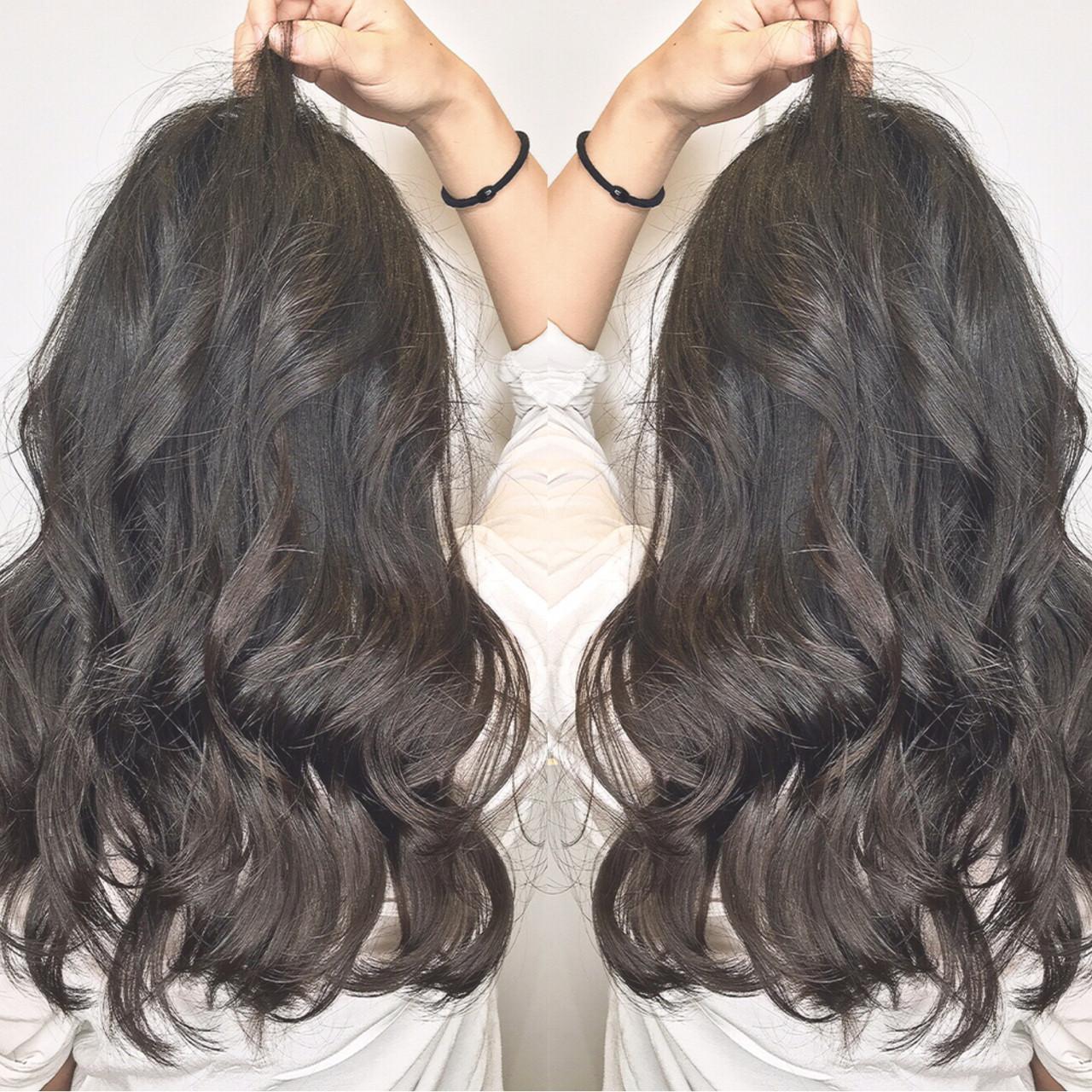 ロング リラックス 女子会 オフィス ヘアスタイルや髪型の写真・画像