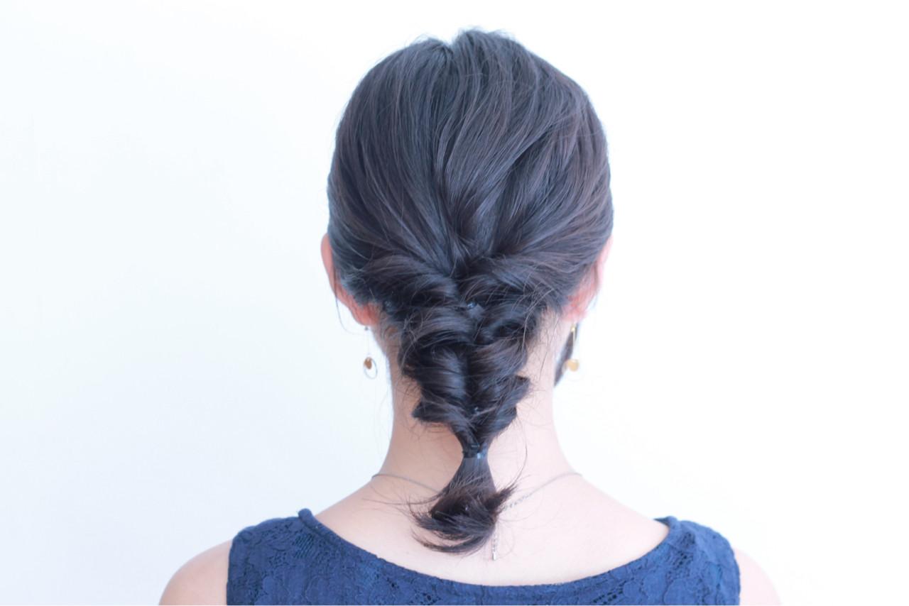 ナチュラル デート くるりんぱ ミディアム ヘアスタイルや髪型の写真・画像 | ERI / IN SIDE OUT+
