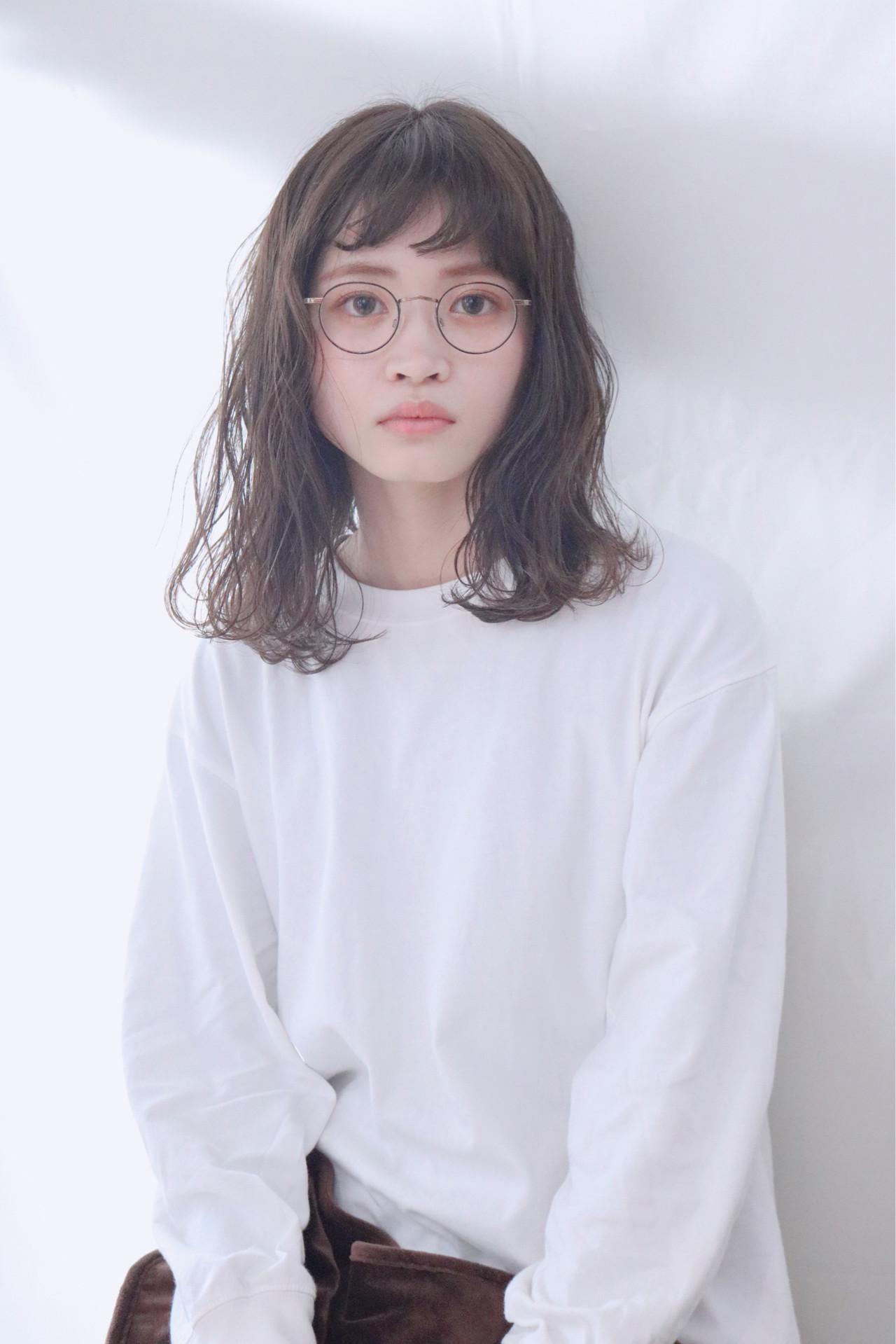 アンニュイほつれヘア グレージュ ロング ミルクティーグレージュ ヘアスタイルや髪型の写真・画像 | 上田智久 / ooit 福岡 天神 / ooit