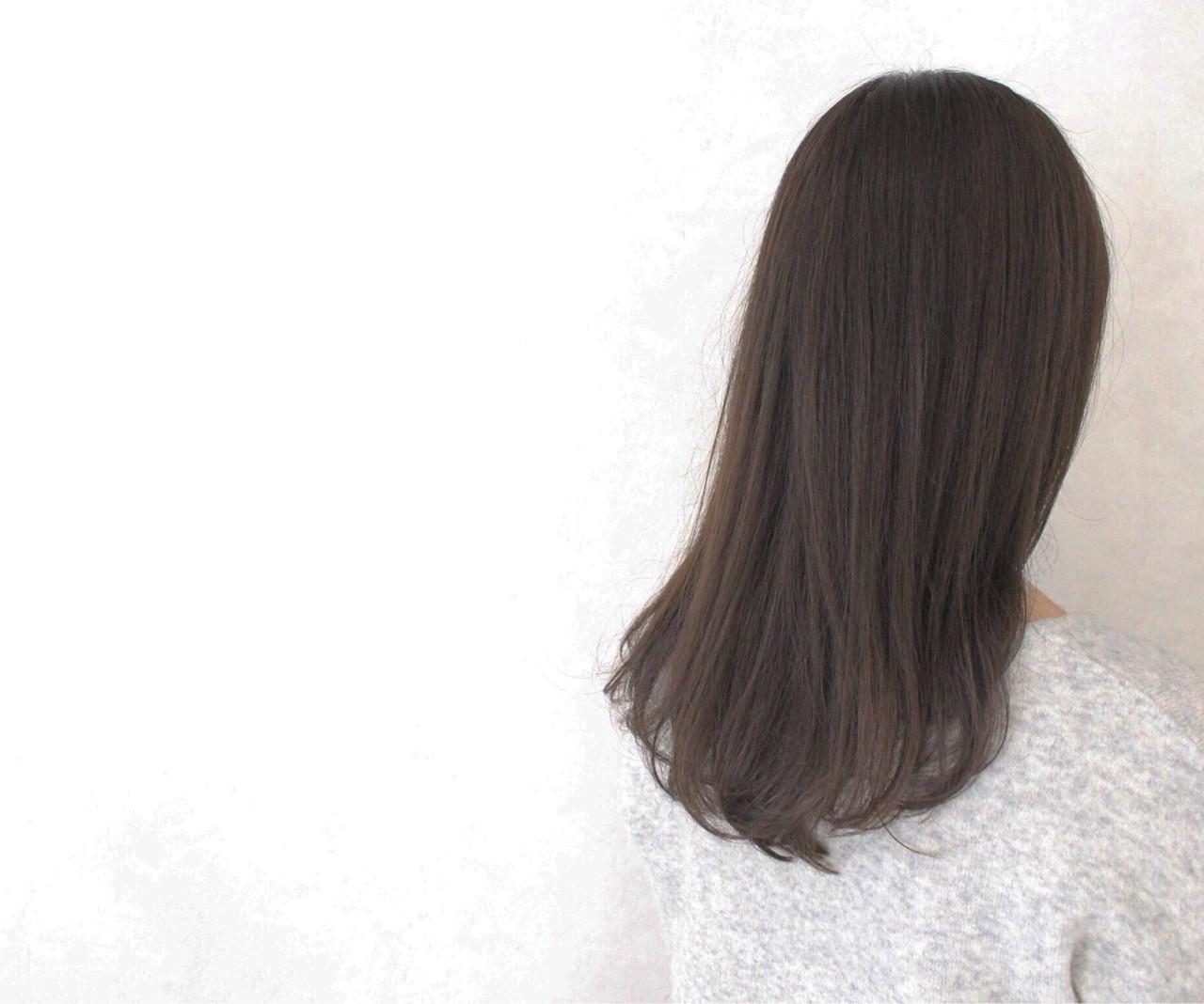 ナチュラル アッシュ 透明感 ロング ヘアスタイルや髪型の写真・画像