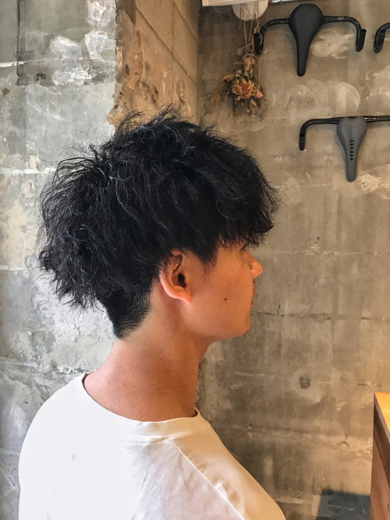 ショート 刈り上げ メンズ パーマ ヘアスタイルや髪型の写真・画像