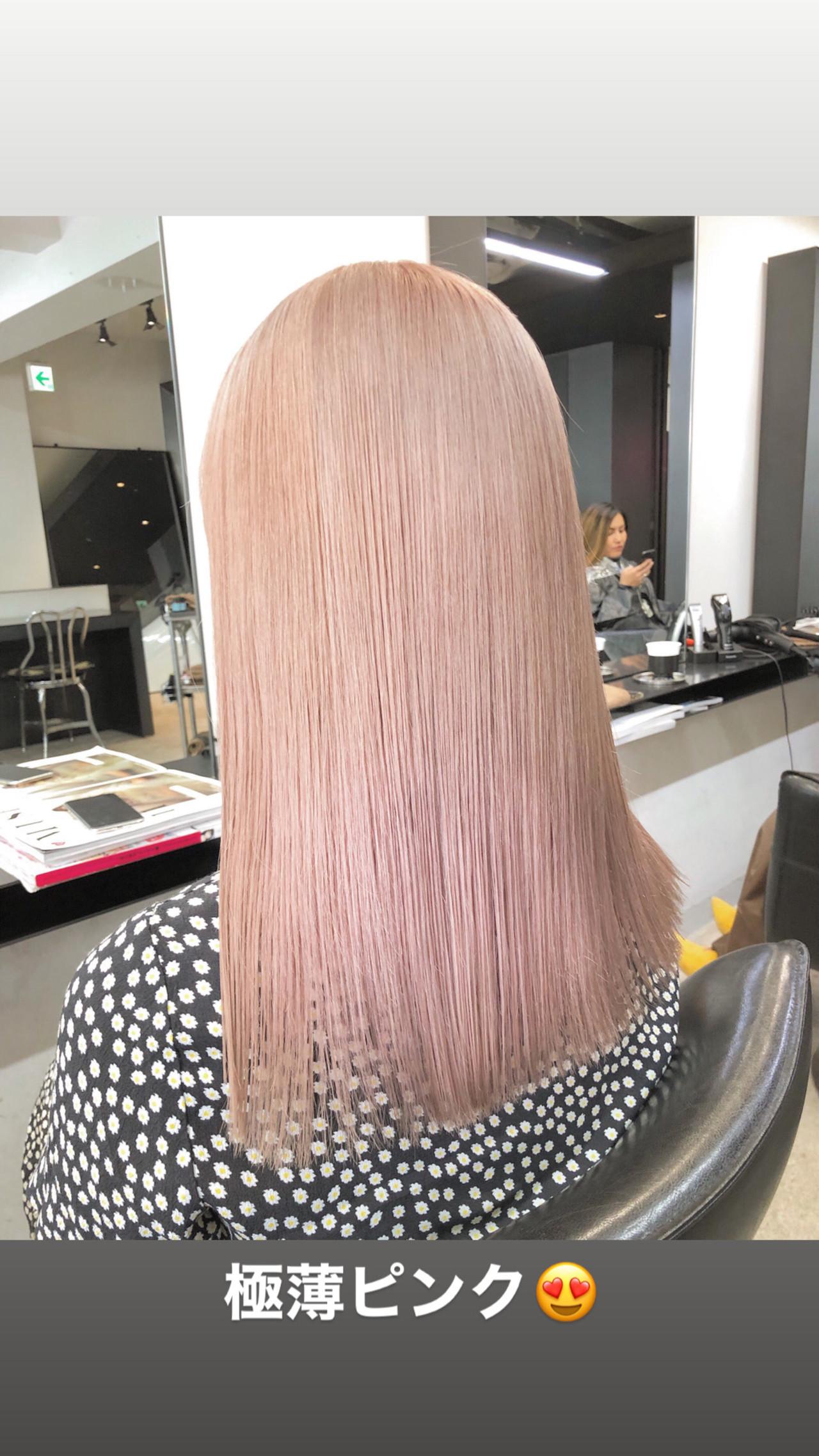 ロング ブリーチ必須 ホワイトブリーチ ピンクベージュ ヘアスタイルや髪型の写真・画像 | 原田亮輔 / LOWE