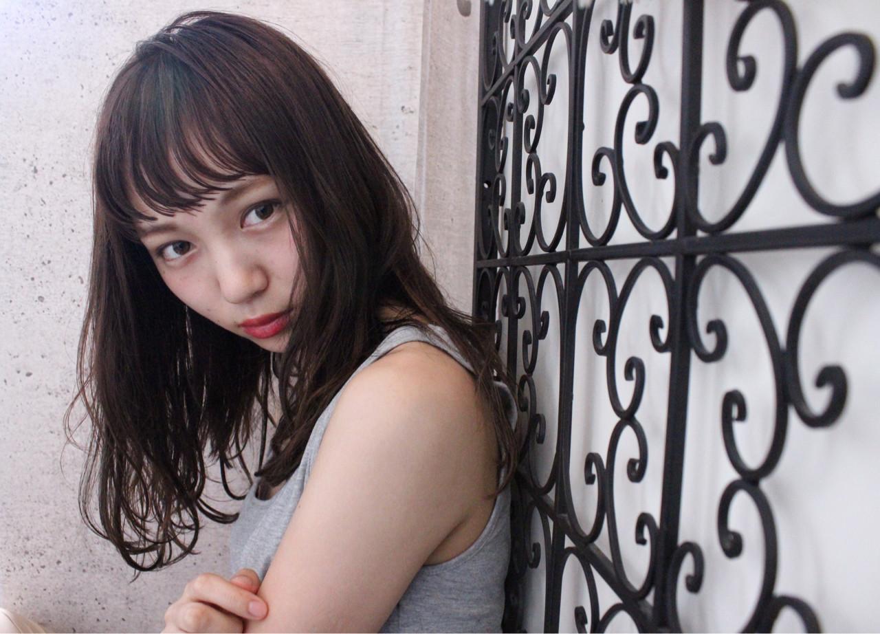 アンニュイ 外国人風 ニュアンス 透明感 ヘアスタイルや髪型の写真・画像
