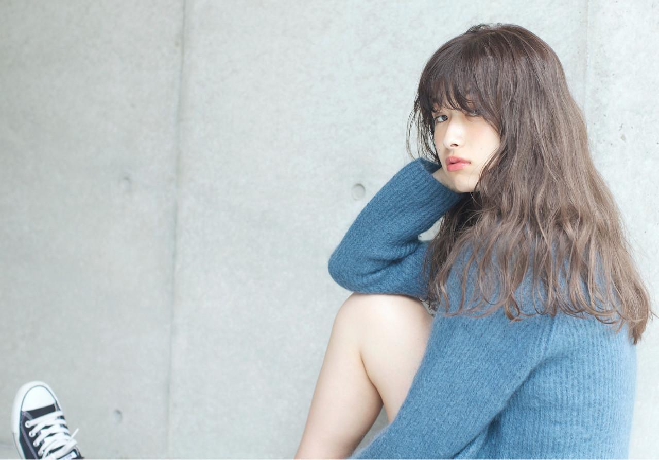 パーマ 透明感 リラックス ナチュラル ヘアスタイルや髪型の写真・画像 | 佐脇 正徳 / LOAVE AOYAMA(ローヴ アオヤマ)