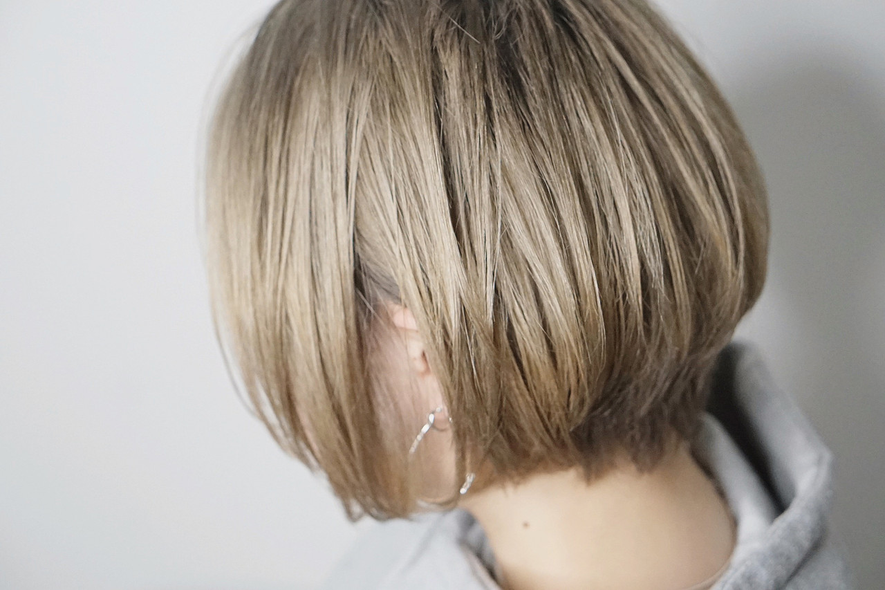 ボブ ガーリー ブロンドカラー ブリーチ必須 ヘアスタイルや髪型の写真・画像