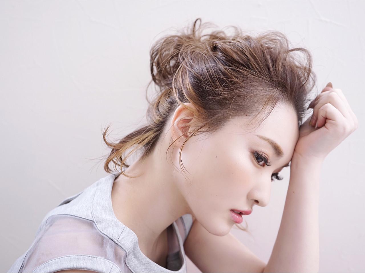 フェミニン ヘアアレンジ 簡単ヘアアレンジ 結婚式 ヘアスタイルや髪型の写真・画像