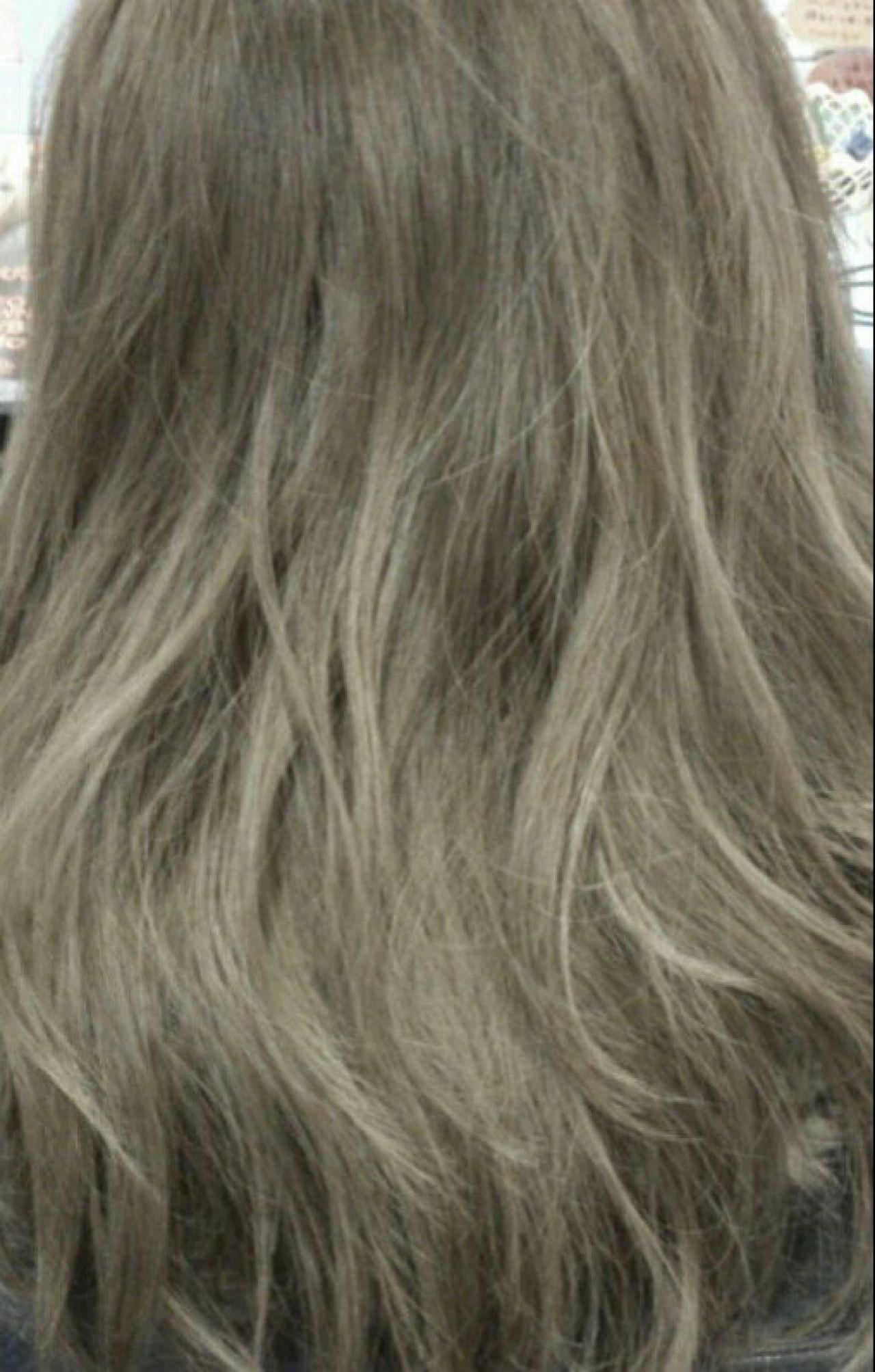 暗髪 グラデーションカラー ウェーブ 外国人風 ヘアスタイルや髪型の写真・画像 | Suguru Sakata / ROLLhairdesign