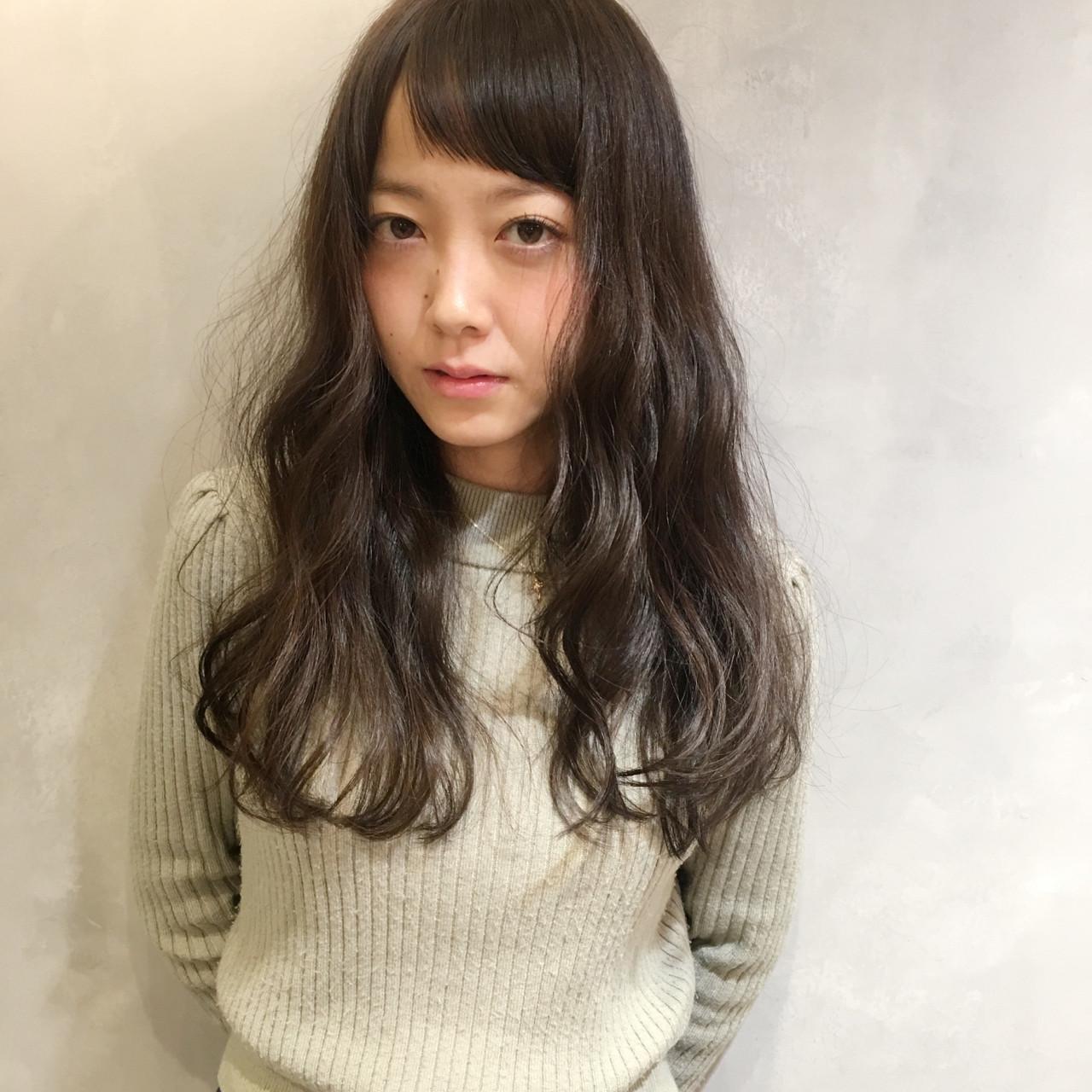 大人女子 ミルクティー ロング フリンジバング ヘアスタイルや髪型の写真・画像 | 日野 達也 / GO TODAY  SHAiRE SALON
