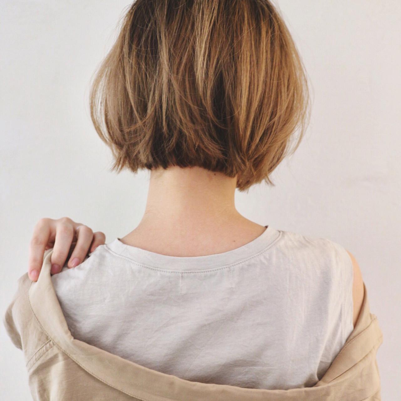 インナーカラー ブリーチカラー ミニボブ ストリート ヘアスタイルや髪型の写真・画像