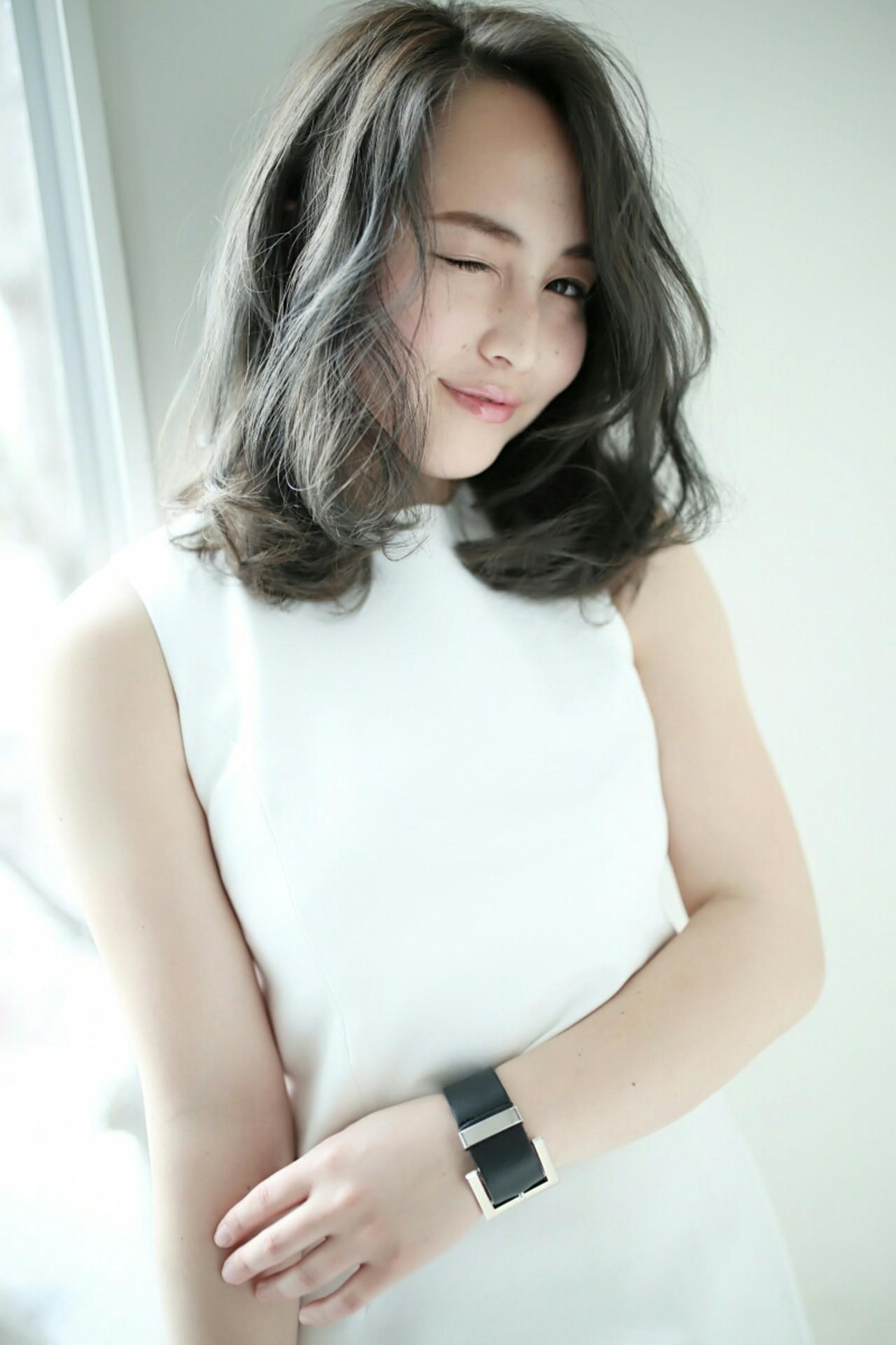ミディアム ナチュラル アッシュ かわいい ヘアスタイルや髪型の写真・画像 | 熊倉 洋平 air / air-KOBE