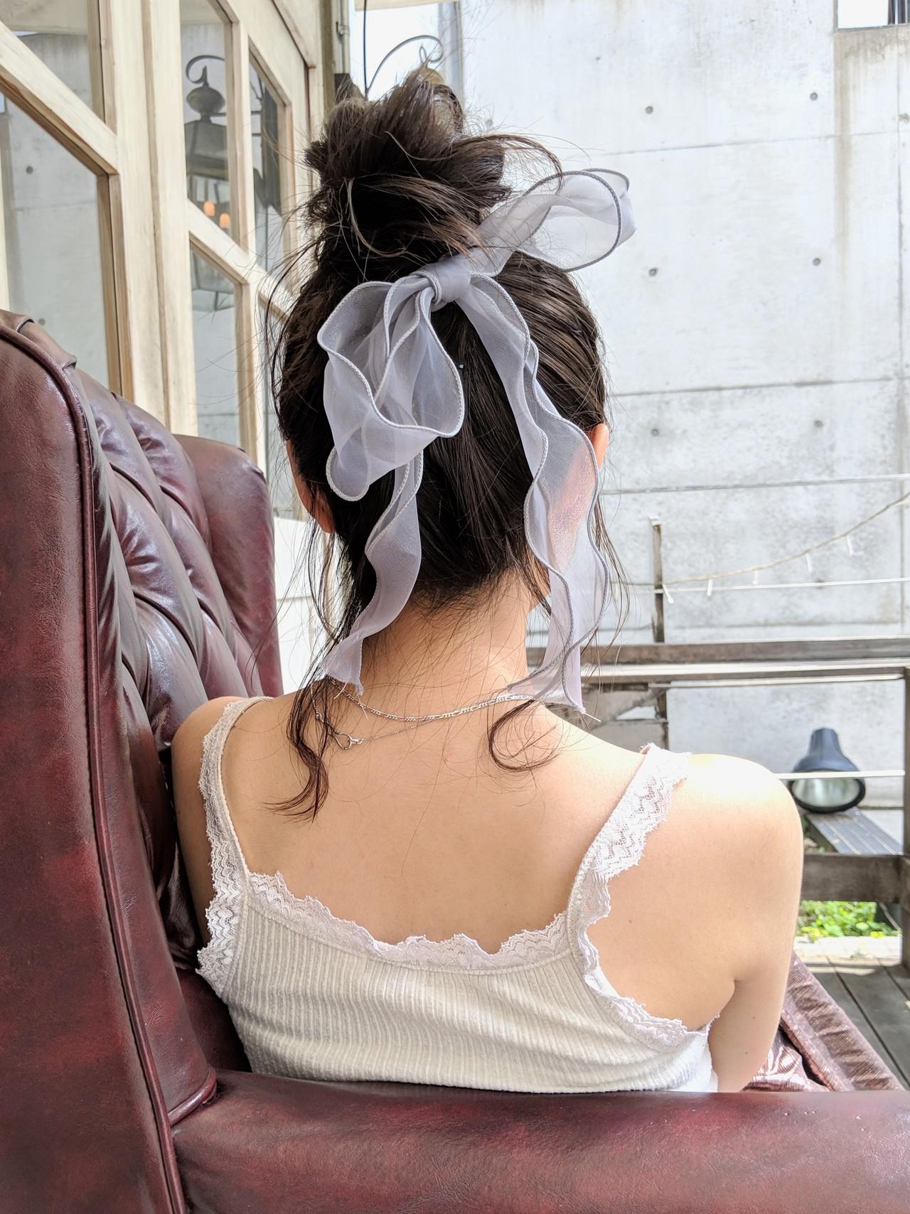 ミディアム ヘアアレンジ リボンアレンジ ガーリー ヘアスタイルや髪型の写真・画像