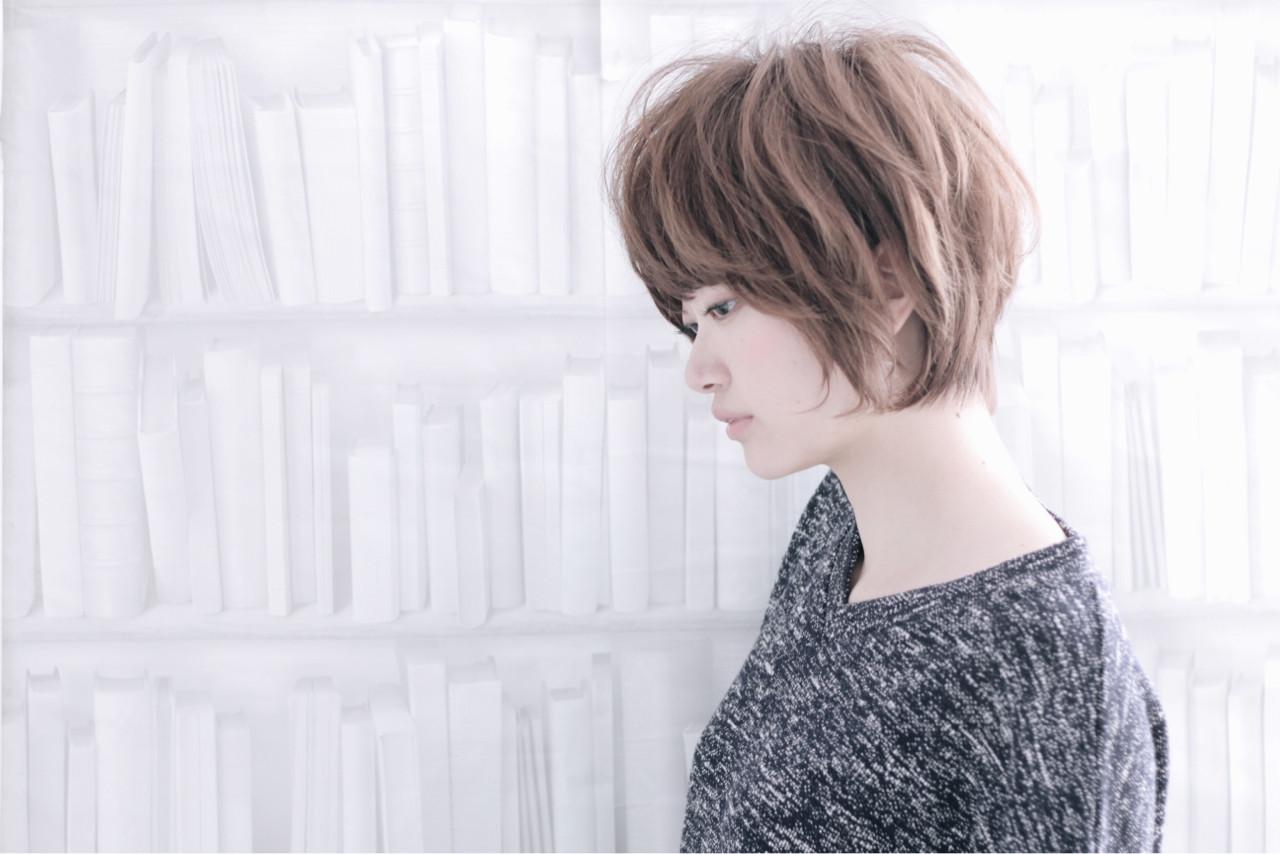 ナチュラル パーマ 前髪あり ショート ヘアスタイルや髪型の写真・画像 | TAKAHITO / HAIR DERA'S (デラ)