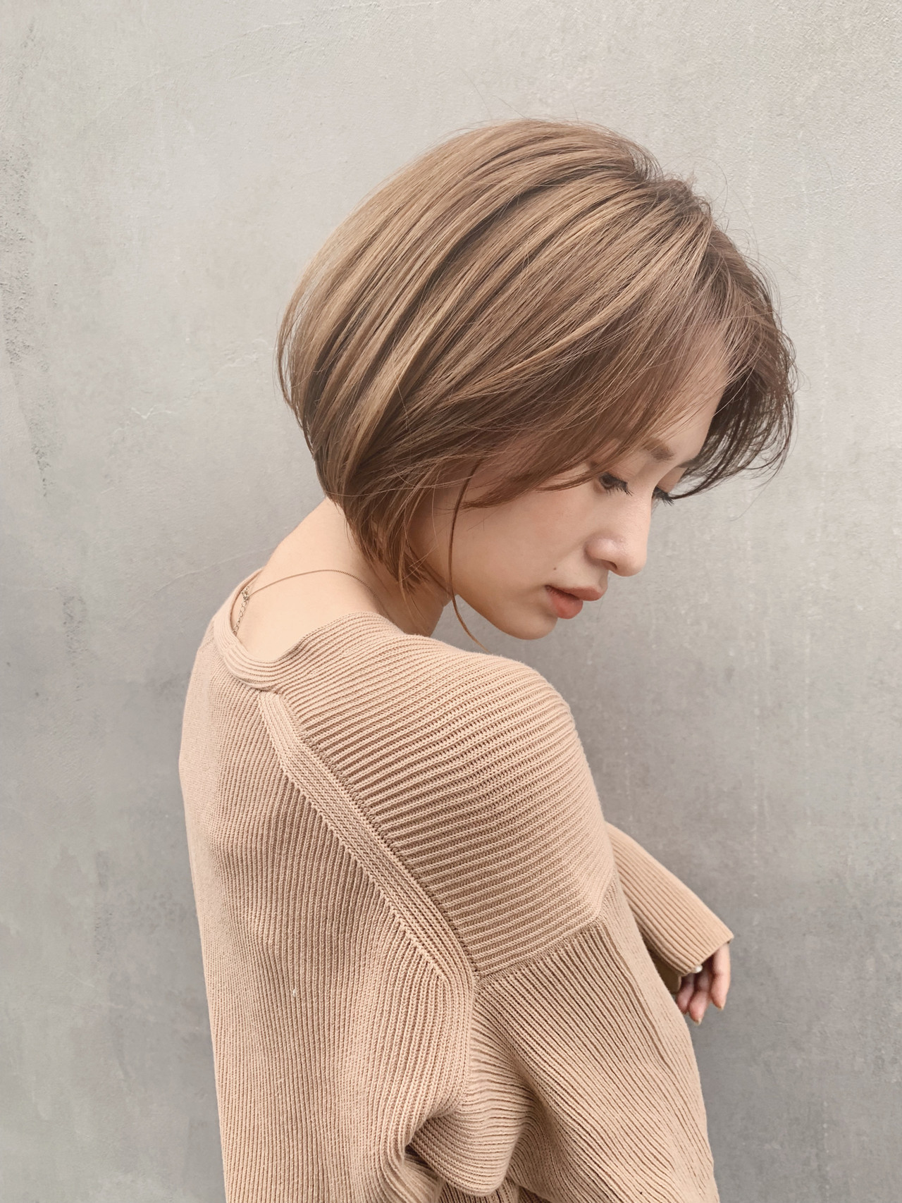 ウルフカット ショートヘア ボブ ショートボブ ヘアスタイルや髪型の写真・画像 | 贄田清也 / Roamer