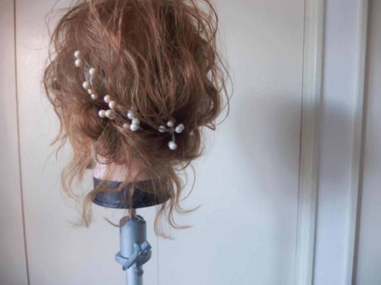ナチュラル ゆるふわ アンニュイほつれヘア 大人かわいい ヘアスタイルや髪型の写真・画像 | yumiko/sapporoSKNOW / SKNOW