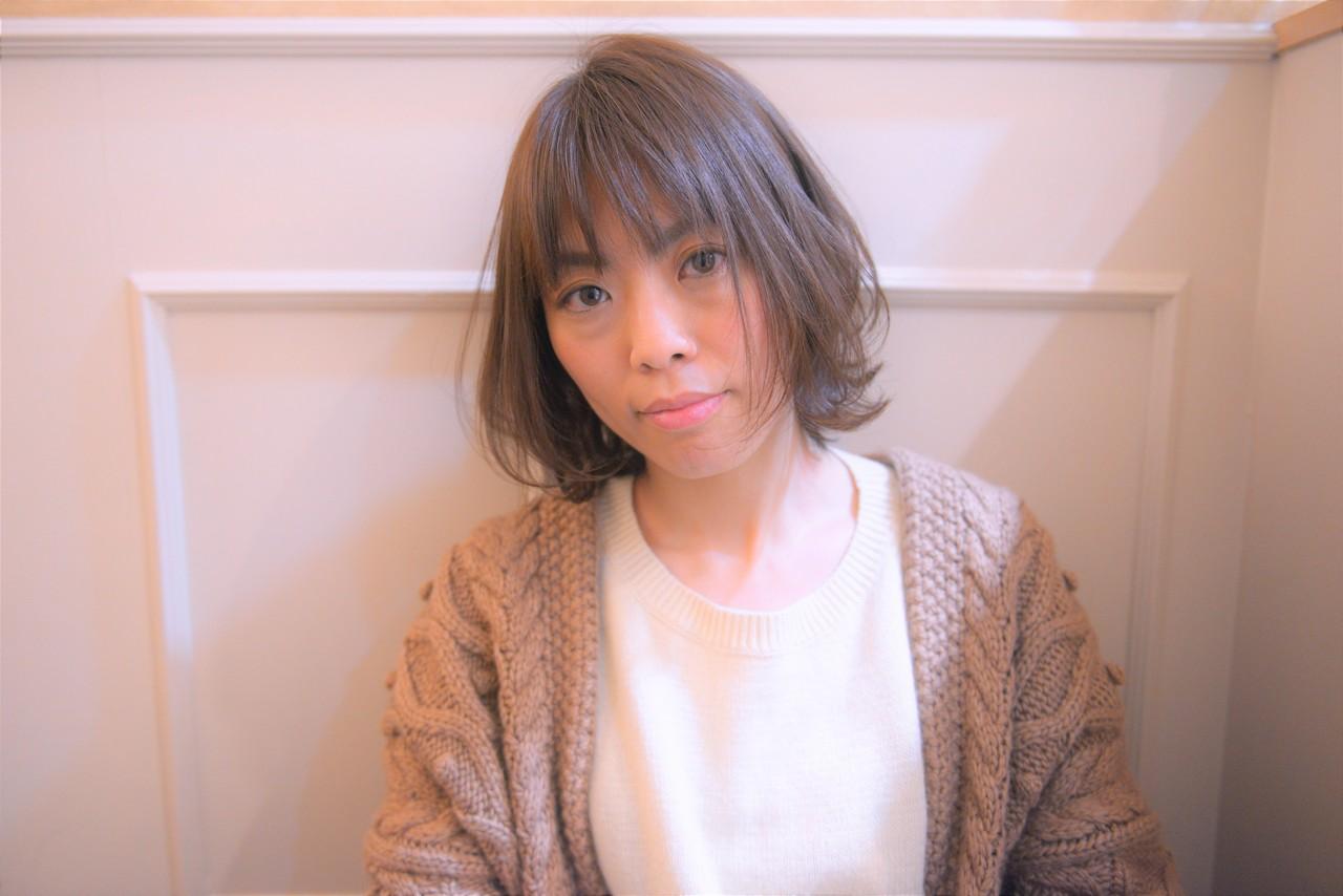 ナチュラル 前髪あり 大人女子 大人カジュアル ヘアスタイルや髪型の写真・画像