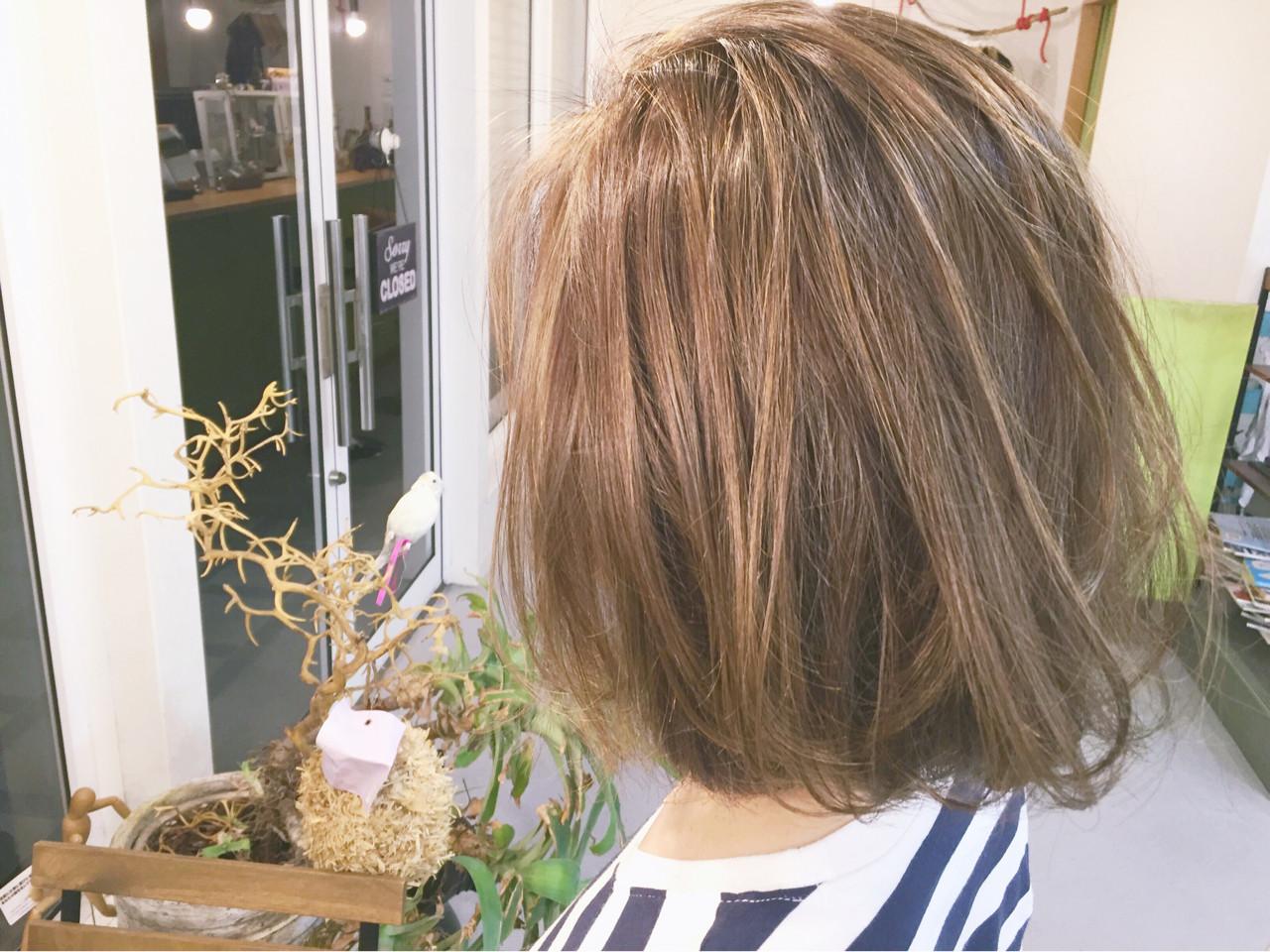 ハイライト ボブ 外ハネ 外国人風 ヘアスタイルや髪型の写真・画像