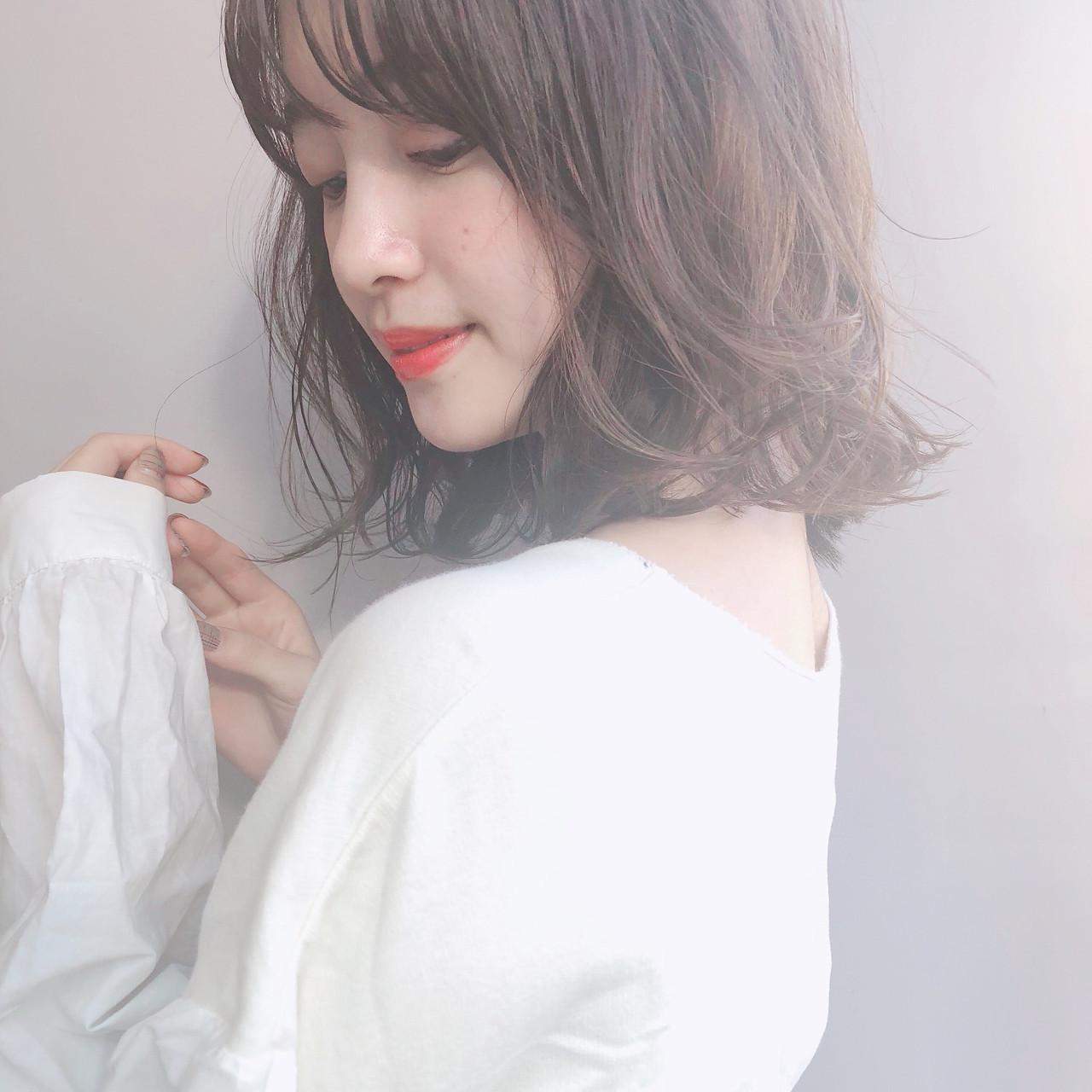 簡単ヘアアレンジ ゆるふわ アンニュイほつれヘア フェミニン ヘアスタイルや髪型の写真・画像