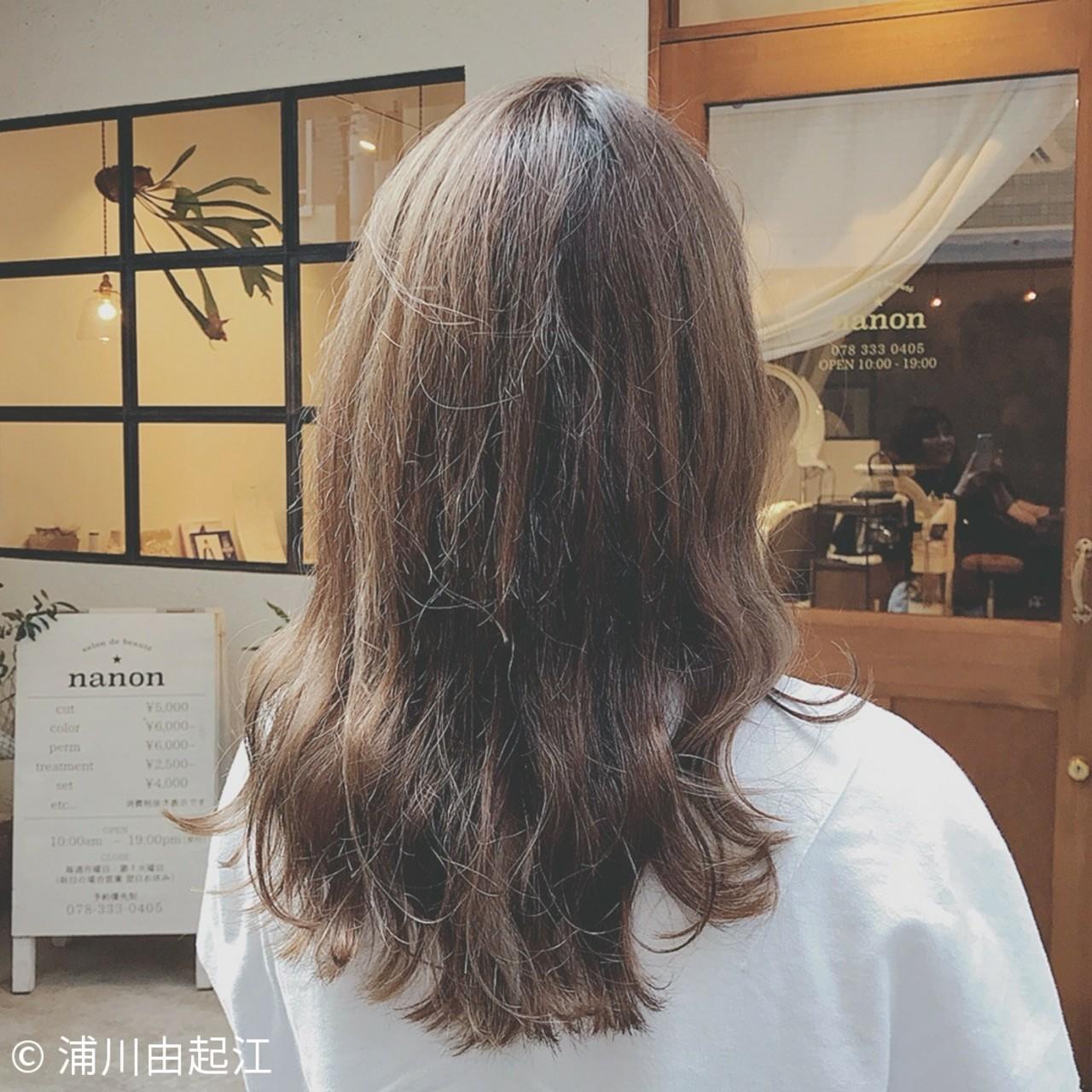 デート ゆるふわ ナチュラル 大人かわいい ヘアスタイルや髪型の写真・画像 | 浦川由起江 / nanon