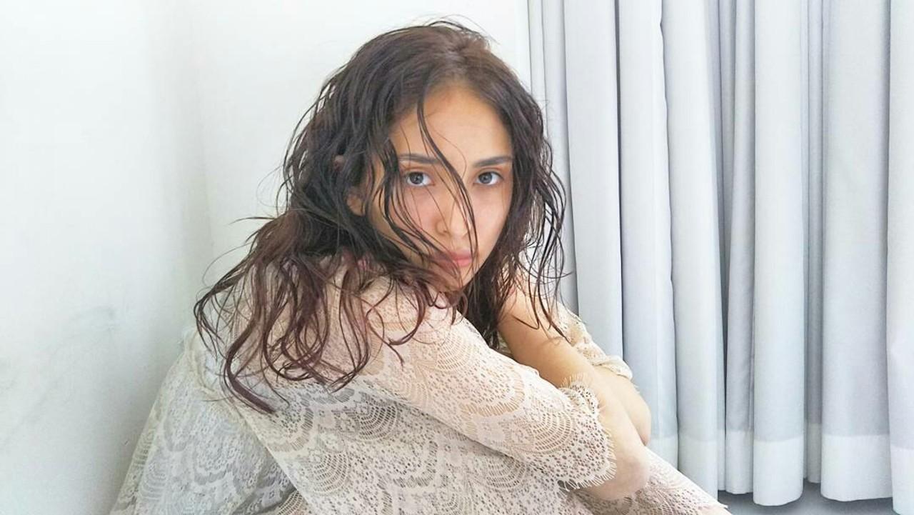 ロング 大人かわいい 黒髪 外国人風 ヘアスタイルや髪型の写真・画像