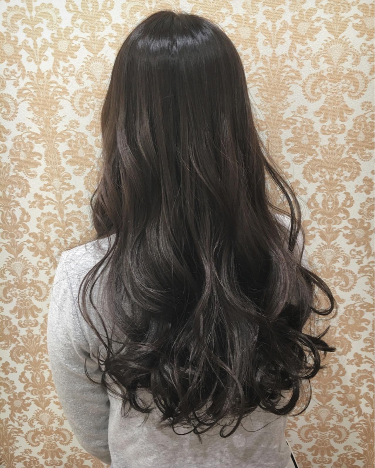 フェミニン 外国人風 グラデーションカラー グレーアッシュ ヘアスタイルや髪型の写真・画像
