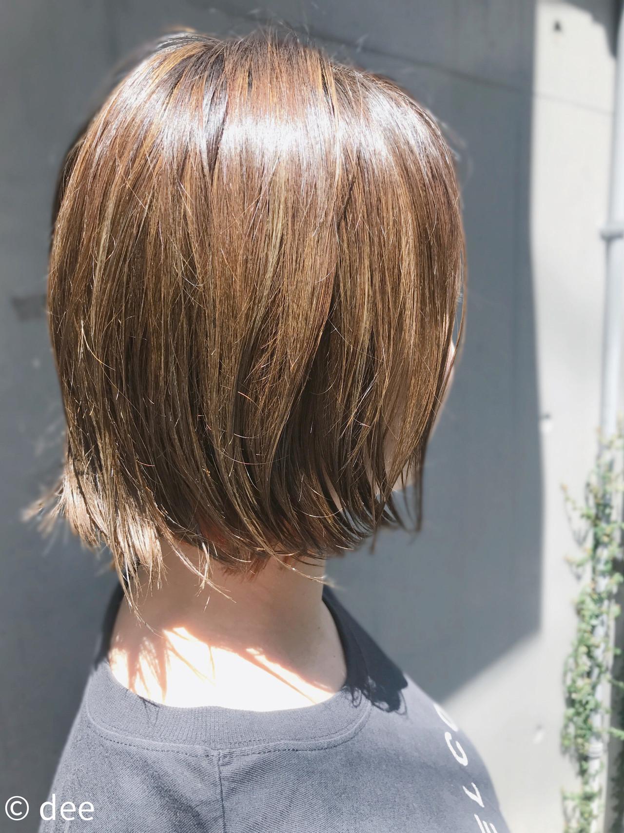 ブリーチ ハイライト 外国人風 カーキ ヘアスタイルや髪型の写真・画像 | dee / dee
