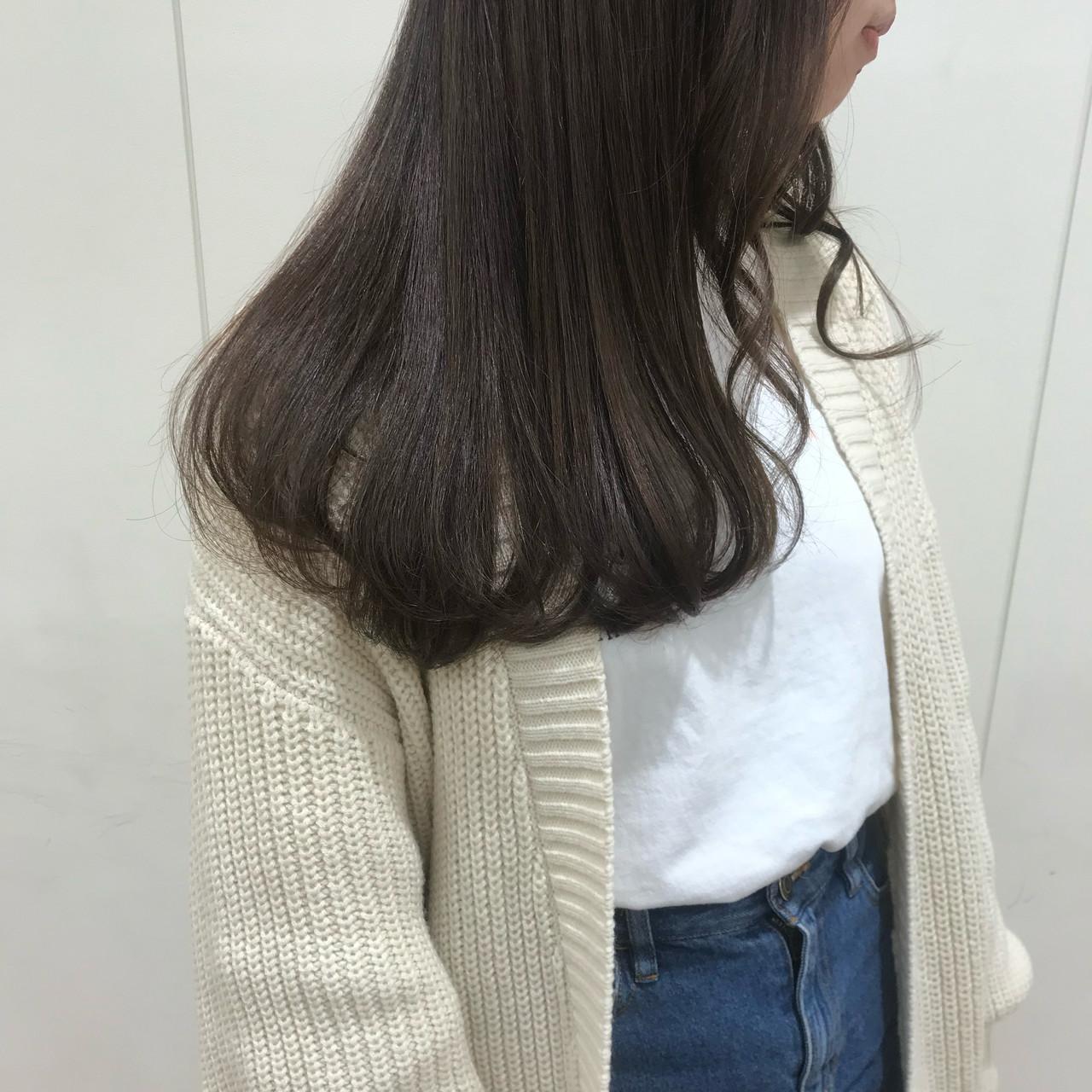 オリーブグレージュ 艶髪 韓国ヘア マットグレージュ ヘアスタイルや髪型の写真・画像 | かんべあやか / moriofromlondon  omiya