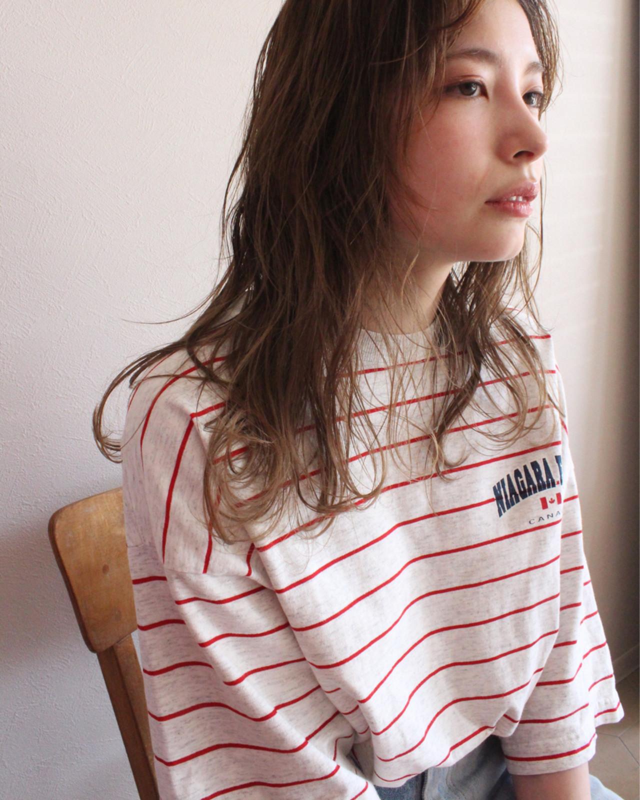 ストリート セミロング ゆるふわ ラフ ヘアスタイルや髪型の写真・画像 | AKIRA HASUNUMA / ILLATOS hair salon