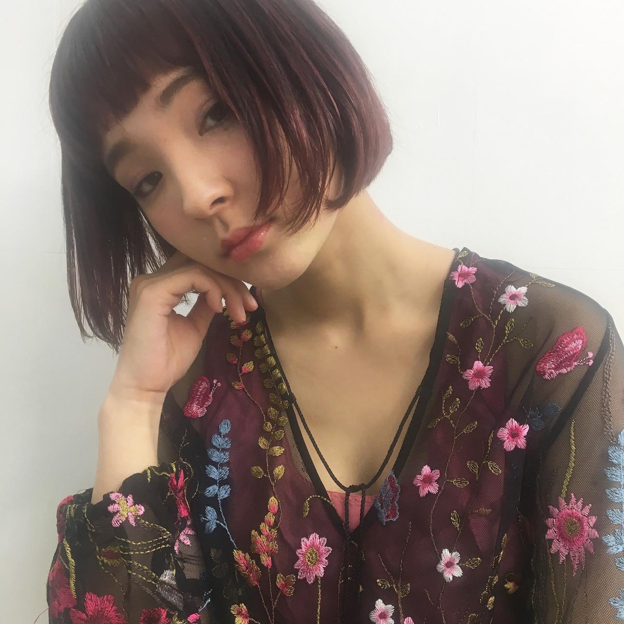 レッド ダブルカラー インナーカラー ボブ ヘアスタイルや髪型の写真・画像 | 彩華 / FLOWERS