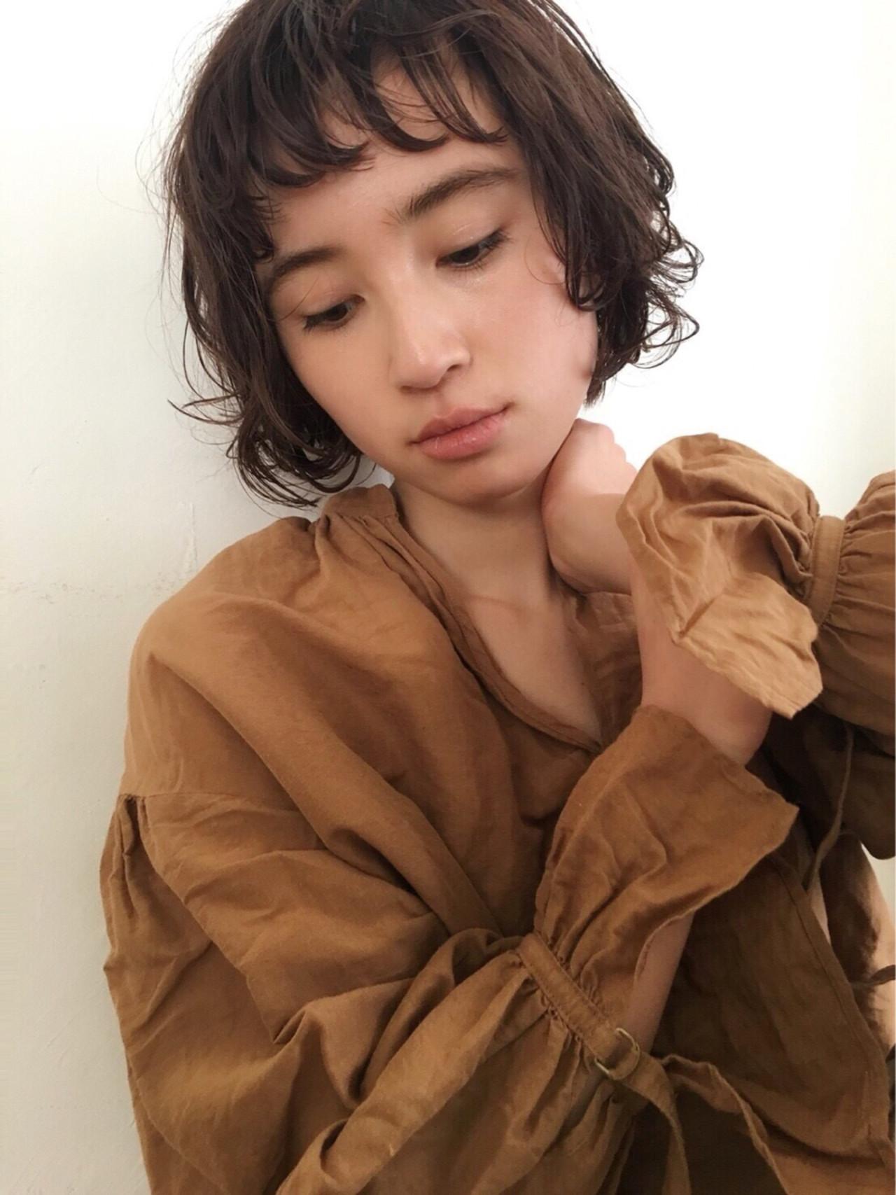 ショート オン眉 ショートバング パーマ ヘアスタイルや髪型の写真・画像 | 菅沼宏恵 /