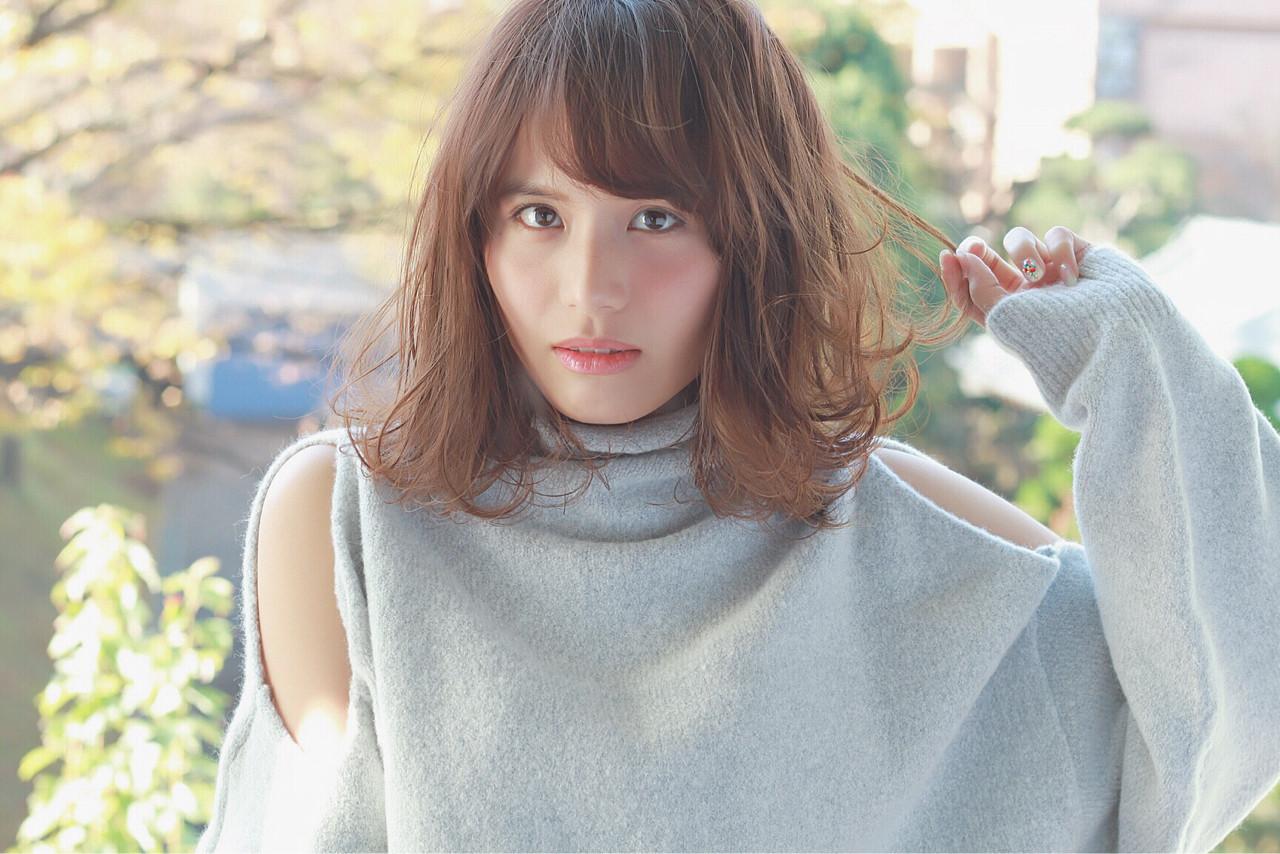 こなれ感 大人女子 グレージュ イルミナカラー ヘアスタイルや髪型の写真・画像   須賀 ユウスケ / Rizm