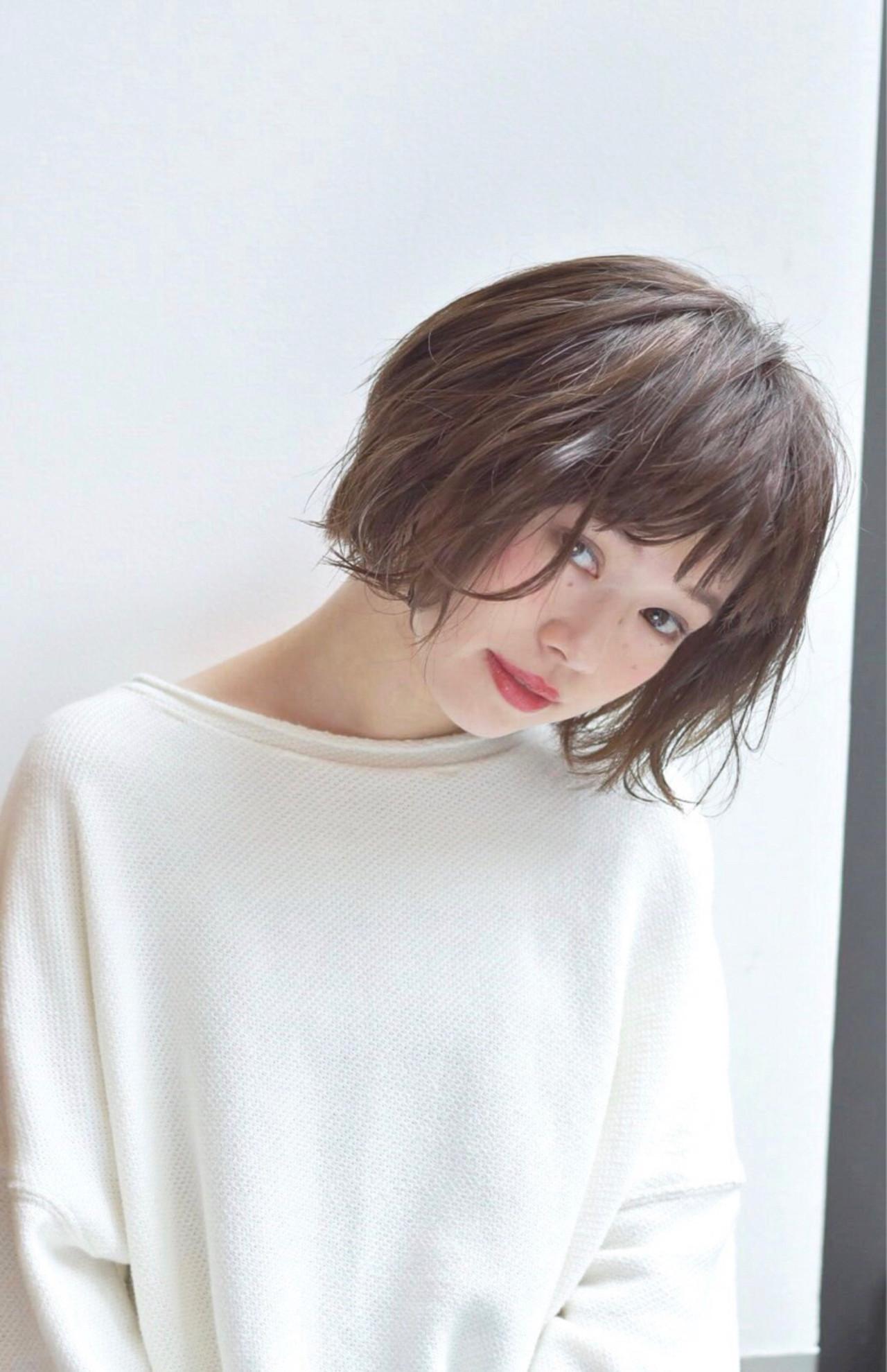 ミルクティー ゆるふわ かわいい ナチュラル ヘアスタイルや髪型の写真・画像