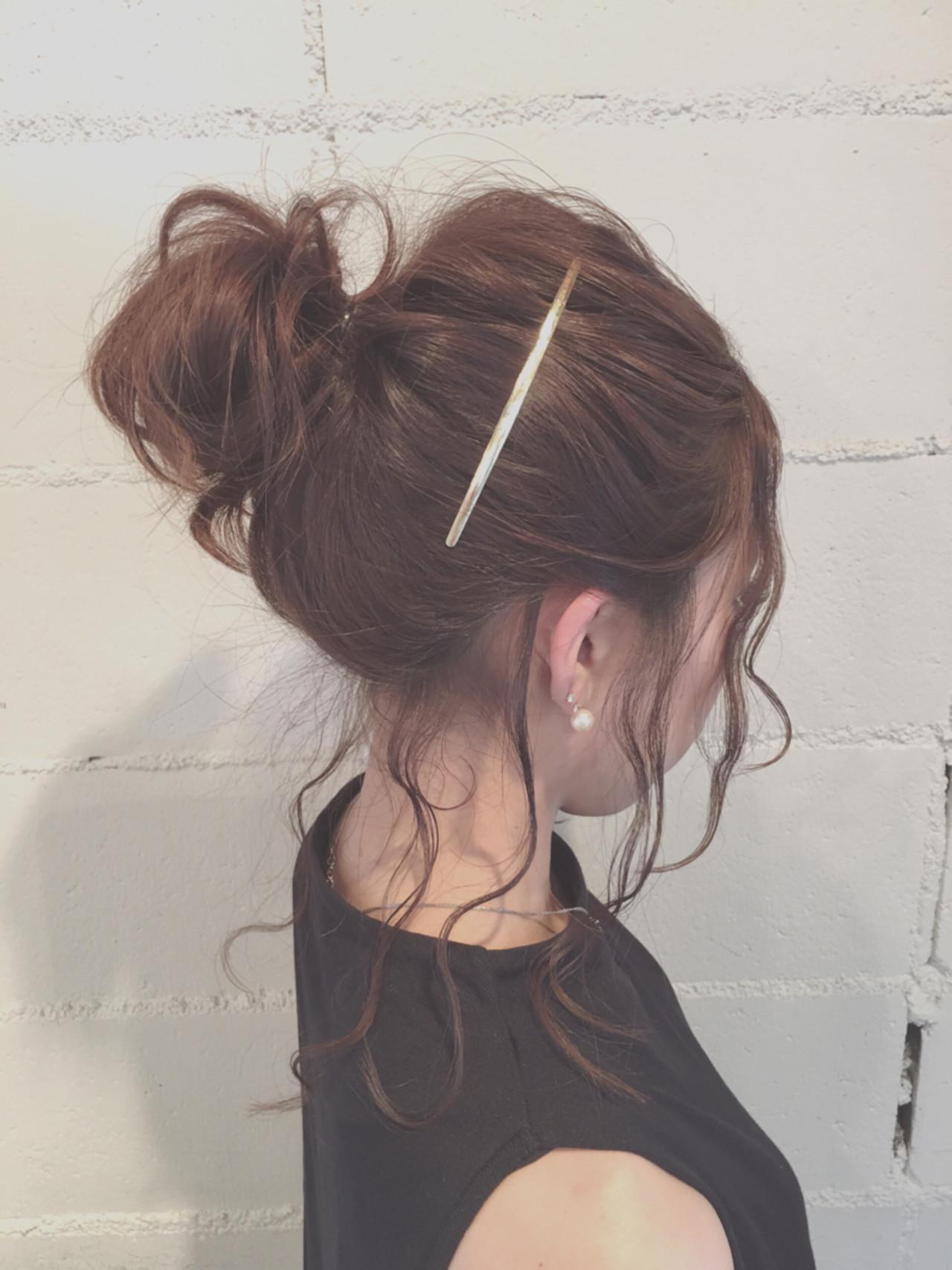 セミロング ヘアアレンジ 暗髪 ゆるふわ ヘアスタイルや髪型の写真・画像