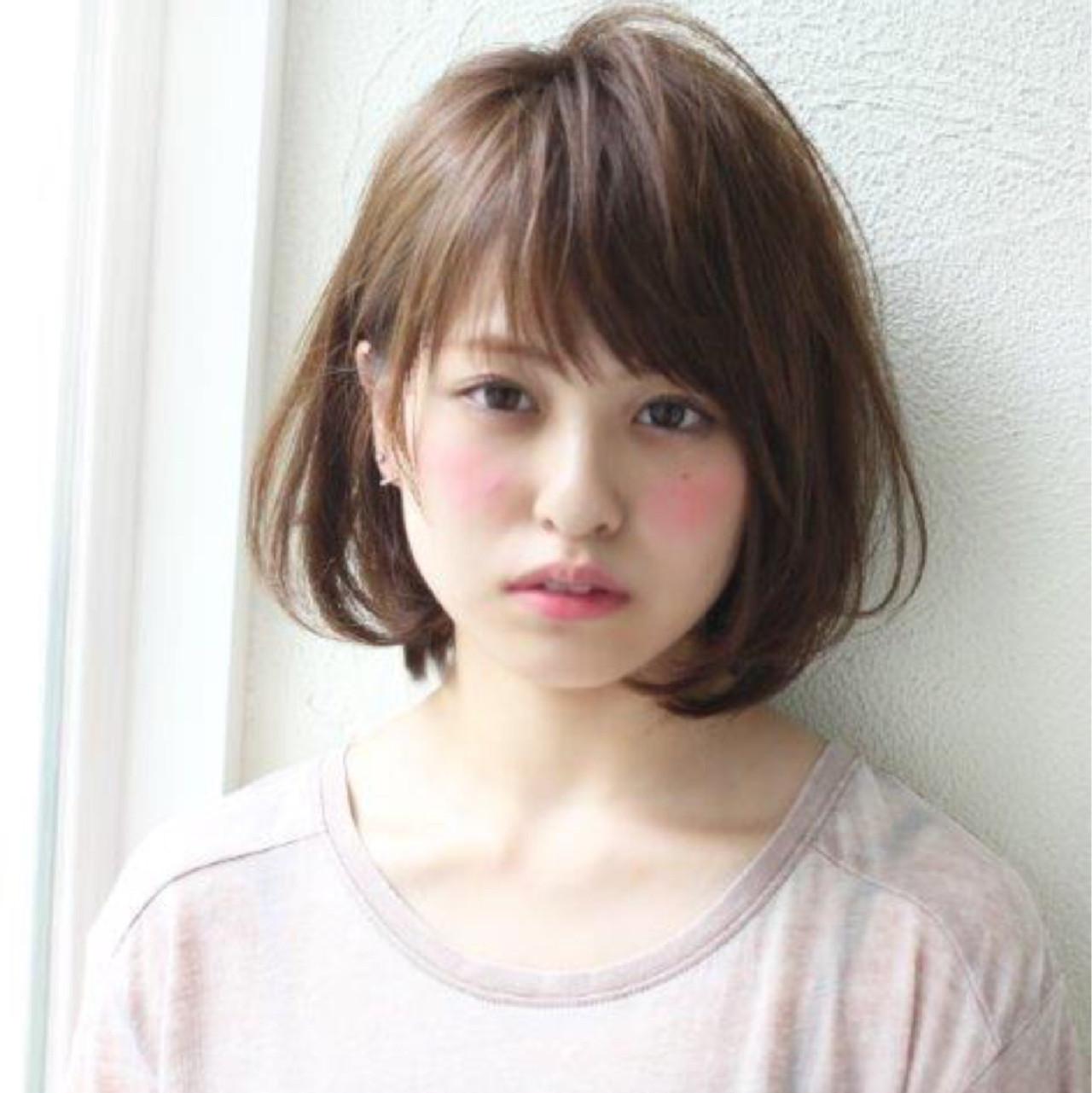 パーマ ショートボブ 大人かわいい ストリート ヘアスタイルや髪型の写真・画像 | 切りっぱなしボブを流行らせた人 Un ami増永 / Un ami omotesando