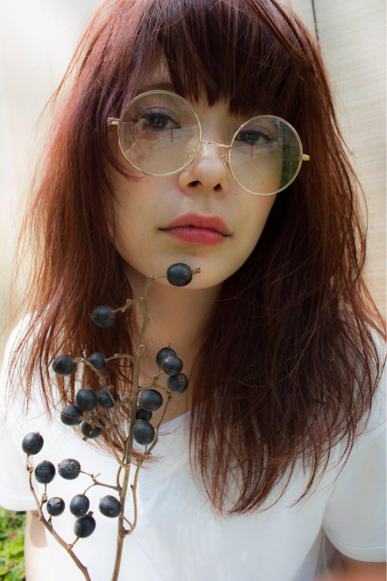 セミロング アッシュ レッド ゆるふわ ヘアスタイルや髪型の写真・画像 | 桐山弘一 / kyli 表参道