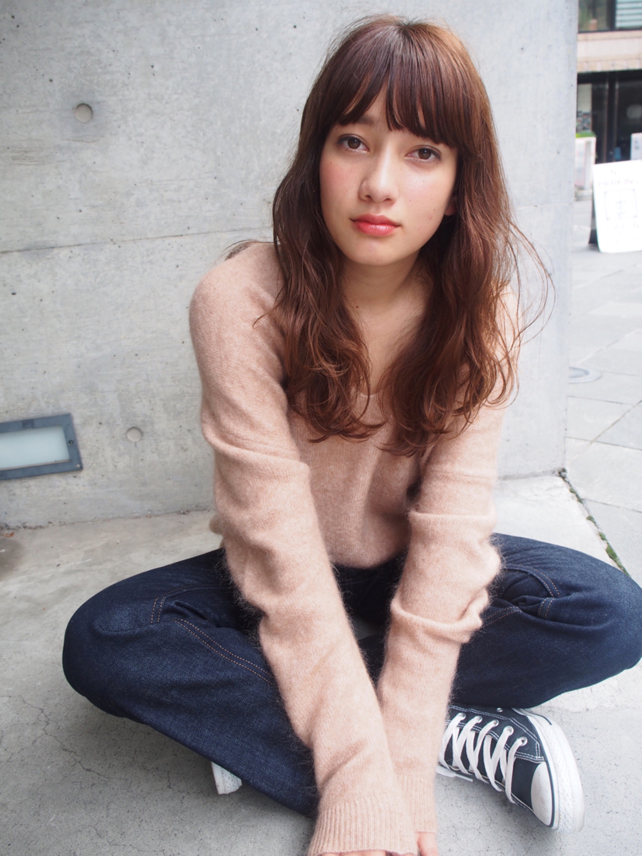 無造作 外国人風 ウェーブ ストリート ヘアスタイルや髪型の写真・画像