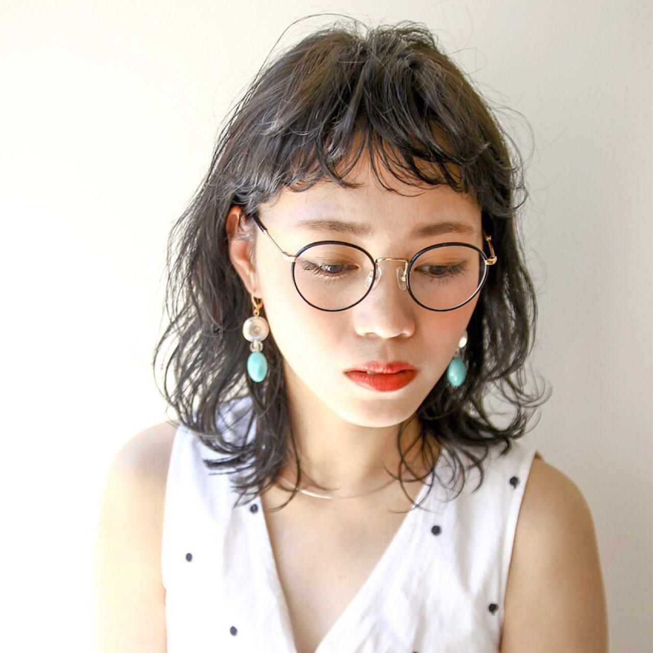 黒髪 ガーリー ミディアム リラックス ヘアスタイルや髪型の写真・画像