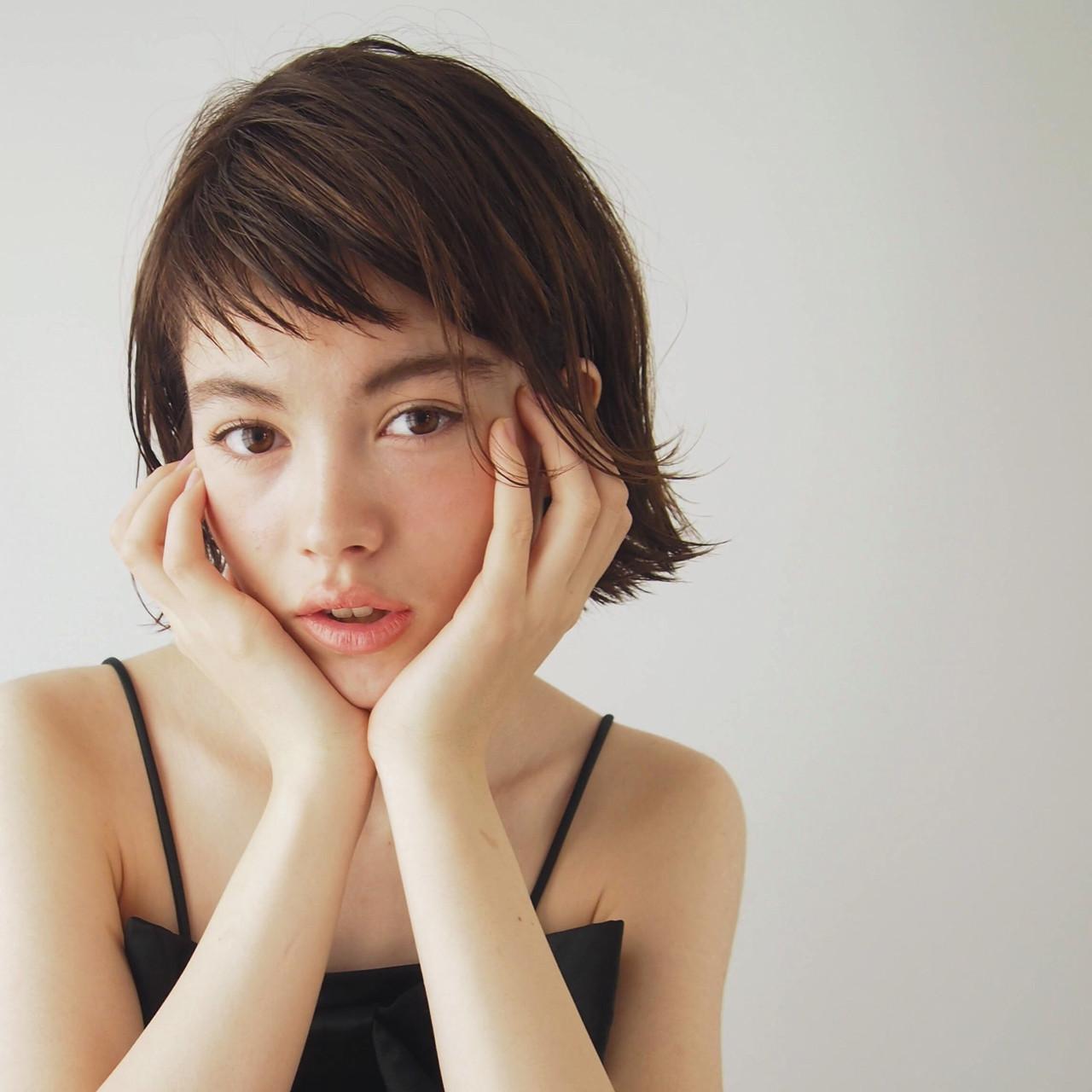 レイヤーカット ガーリー オフィス 女子会 ヘアスタイルや髪型の写真・画像 | 一色 さおり / LOAVE AOYAMA(ローブ アオヤマ)