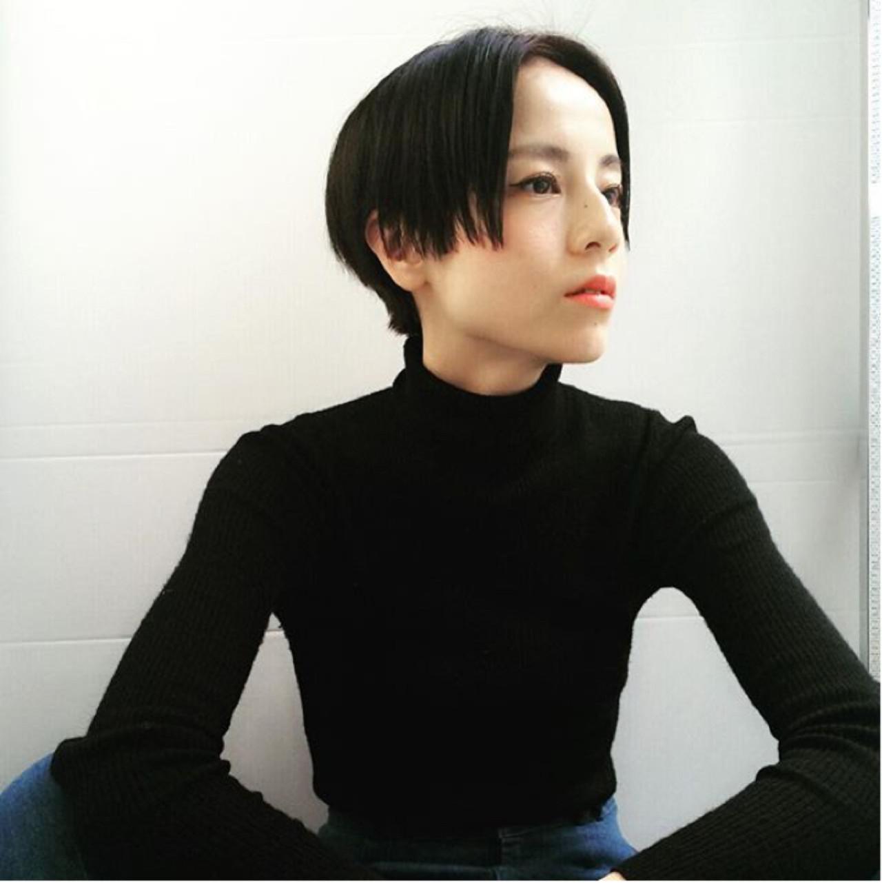 ナチュラル 暗髪 ウェットヘア センターパート ヘアスタイルや髪型の写真・画像 | 馬橋達佳 / log