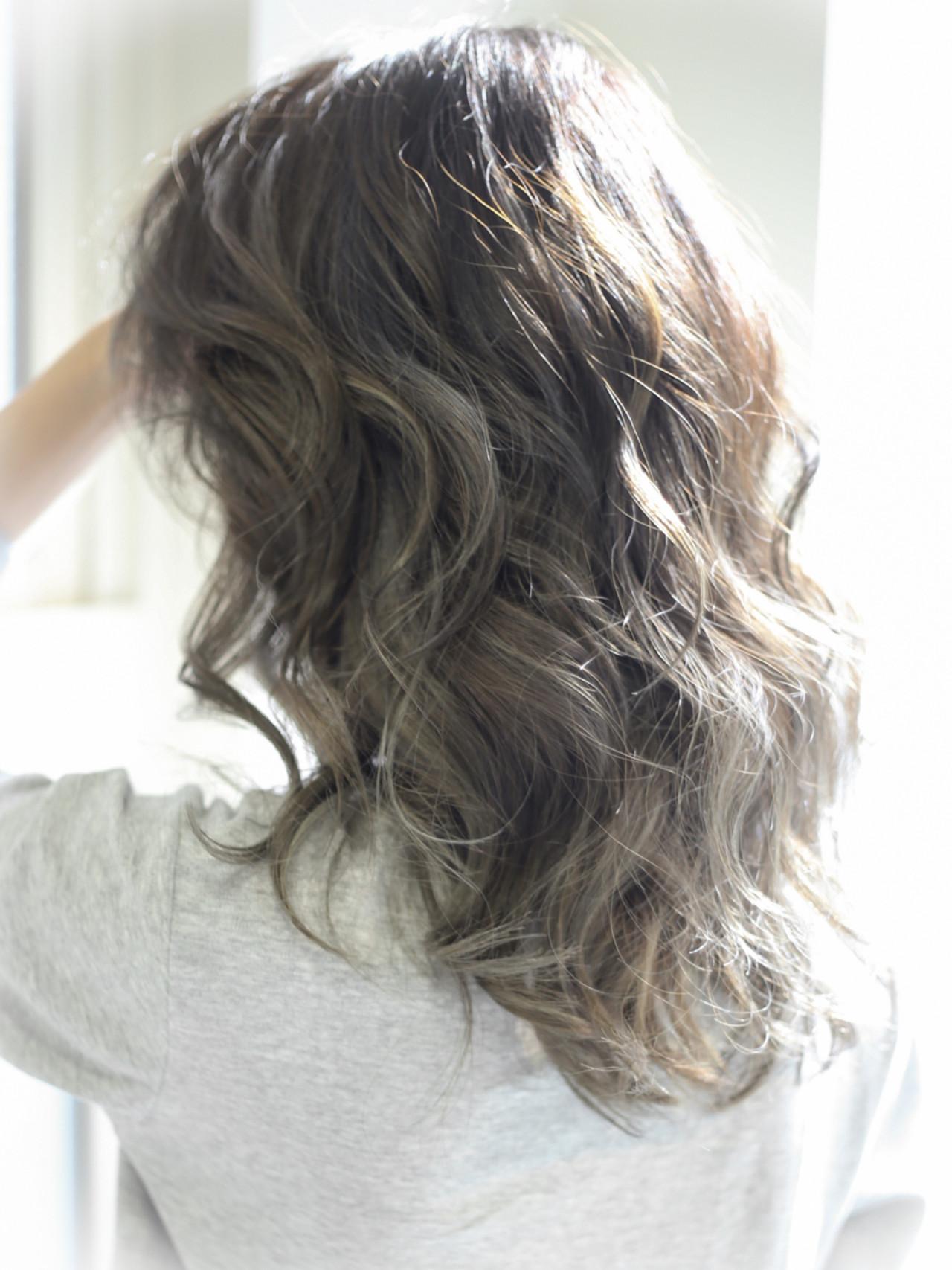 アッシュ ハイライト ローライト ストリート ヘアスタイルや髪型の写真・画像 | 伊藤 裕仁 【 Liv 】 / Liv