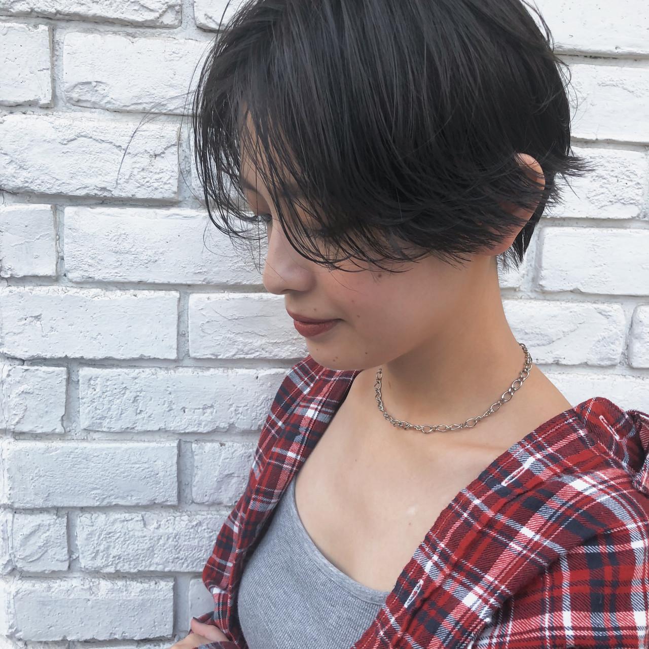 カジュアル ショートボブ ショート ハンサムショート ヘアスタイルや髪型の写真・画像