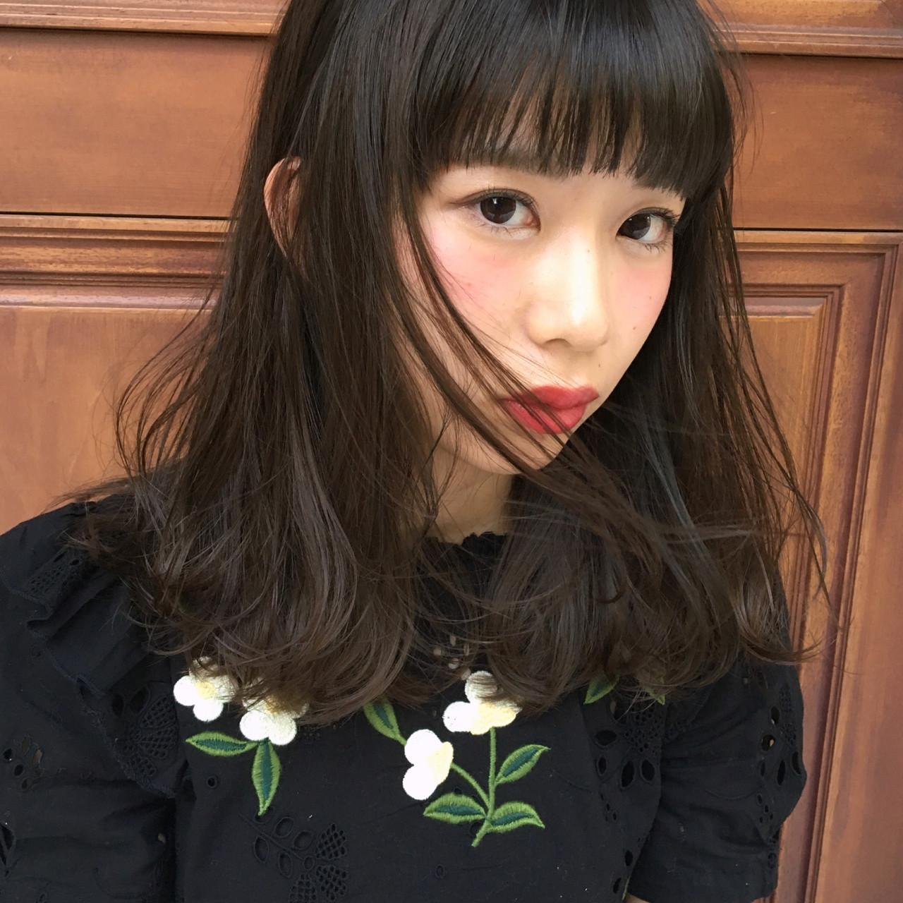 ガーリー 外国人風 セミロング デート ヘアスタイルや髪型の写真・画像
