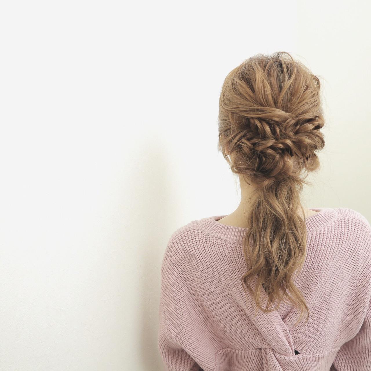 大人女子 ヘアアレンジ セミロング フィッシュボーン ヘアスタイルや髪型の写真・画像